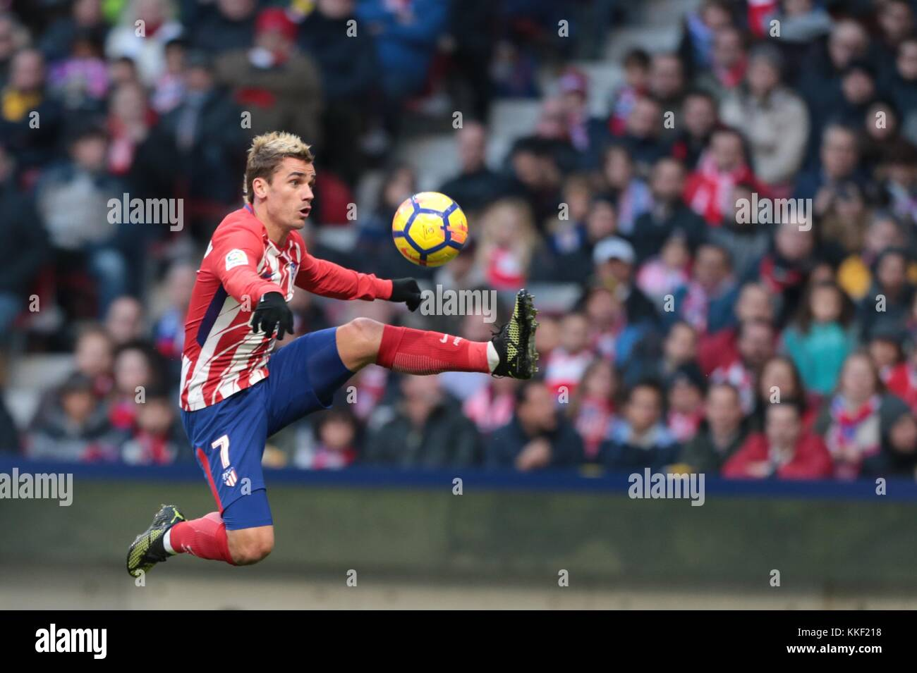 Madrid, Spain. 2nd Dec, 2017. Atletico de Madrid's Griezmann competes during a Spanish League match between - Stock Image