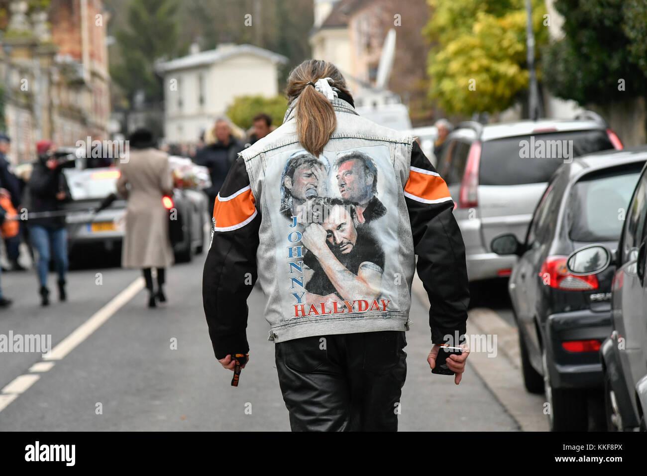 Marne La Coquette, France. 06th Dec, 2017. Julien Mattia / Le Pictorium -  Death of Johnny Hallyday -  06/12/2017 - Stock Image