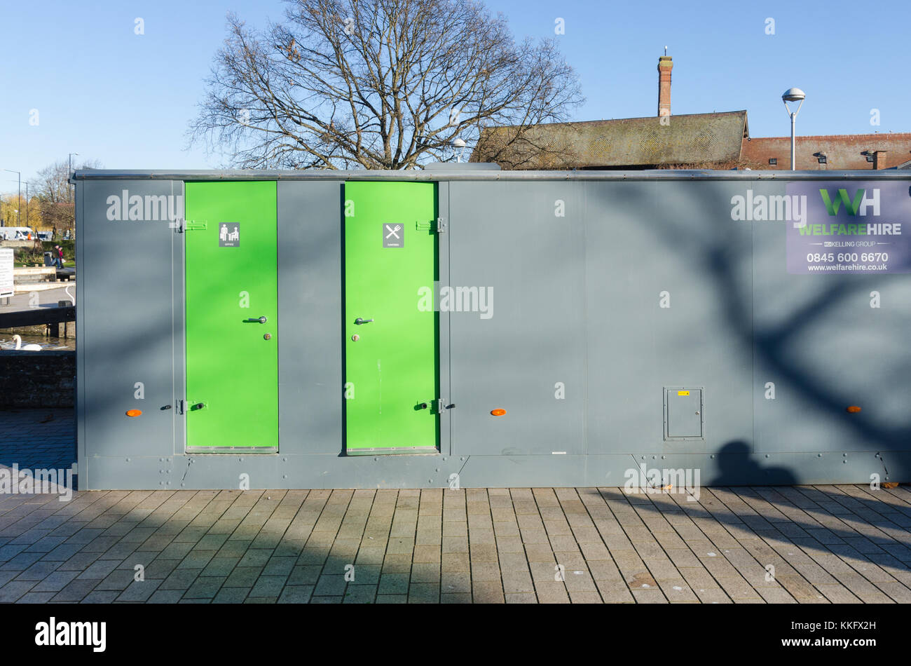 Welfare unit for workers including a canteen and office - Stock Image
