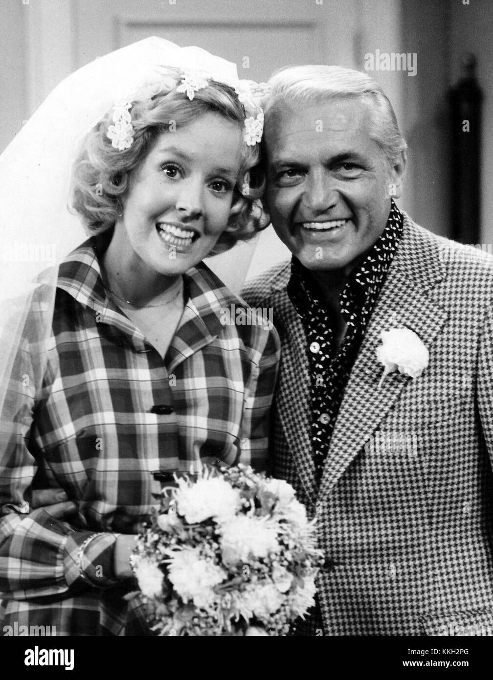 Georgia Engel Ted Knight Mary Tyler Moore Show Wedding 1975 - Stock Image