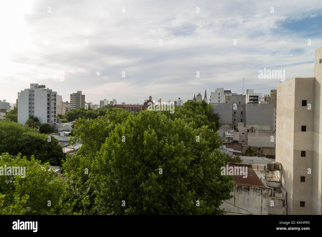 La Plata, Argentina. 1st Dec, 2017. Partly cloudy day in the city. Credit: Federico Julien/Alamy Live News - Stock Image