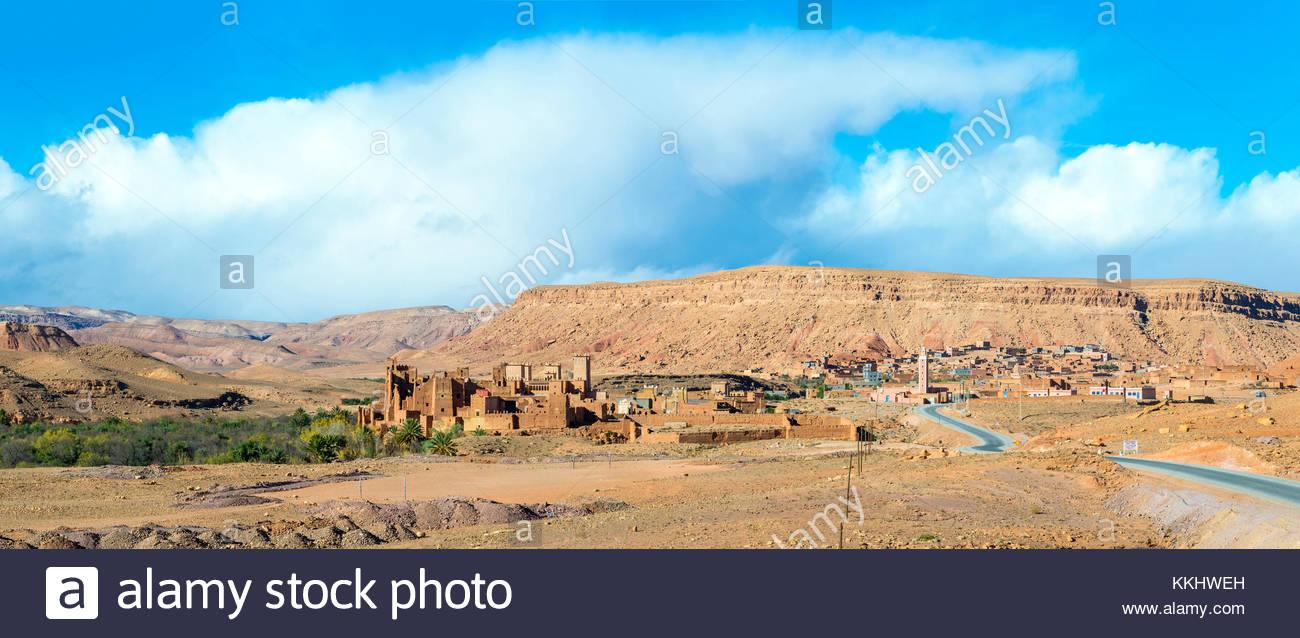 Morocco, Souss-Massa (Sous-Massa-Draa), Ouarzazate Province. Mud Kasbah buildings at Ksar of Tamedakhte, modern - Stock Image