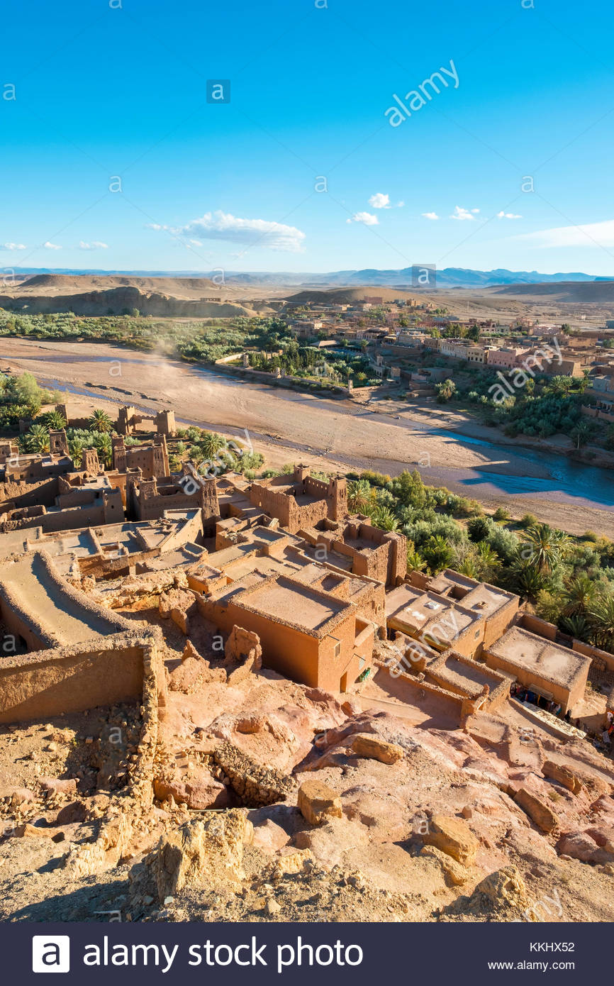 Morocco, Sous-Massa (Sous-Massa-Draa), Ouarzazate Province. View from uppter village inside of Ksar of Ait Ben Haddou - Stock Image