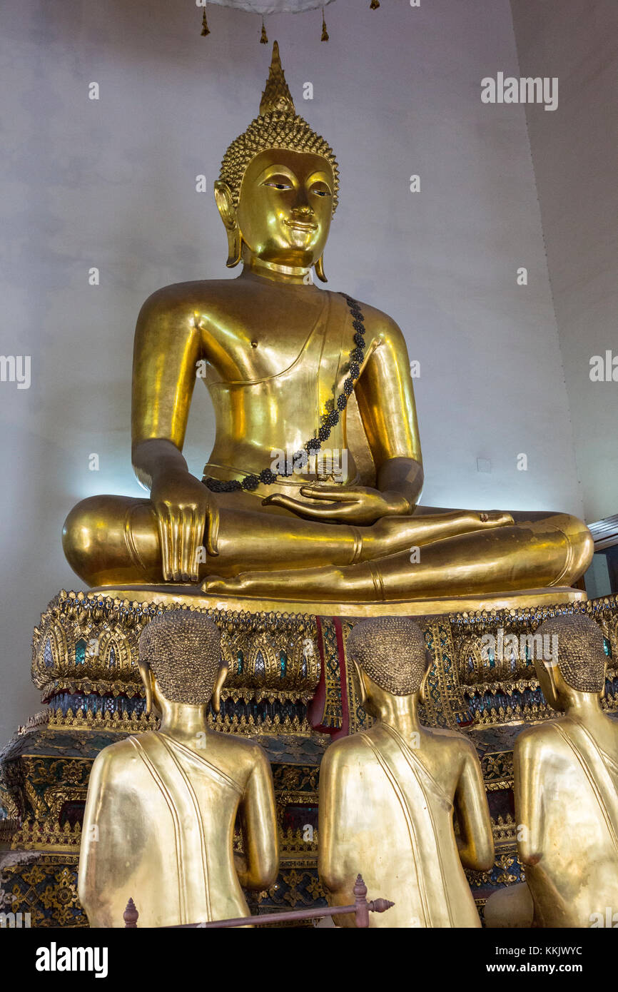 Bangkok, Thailand.  Buddha Statue in the South Pavilion of the Wat Pho (Reclining Buddha) Temple Complex. - Stock Image