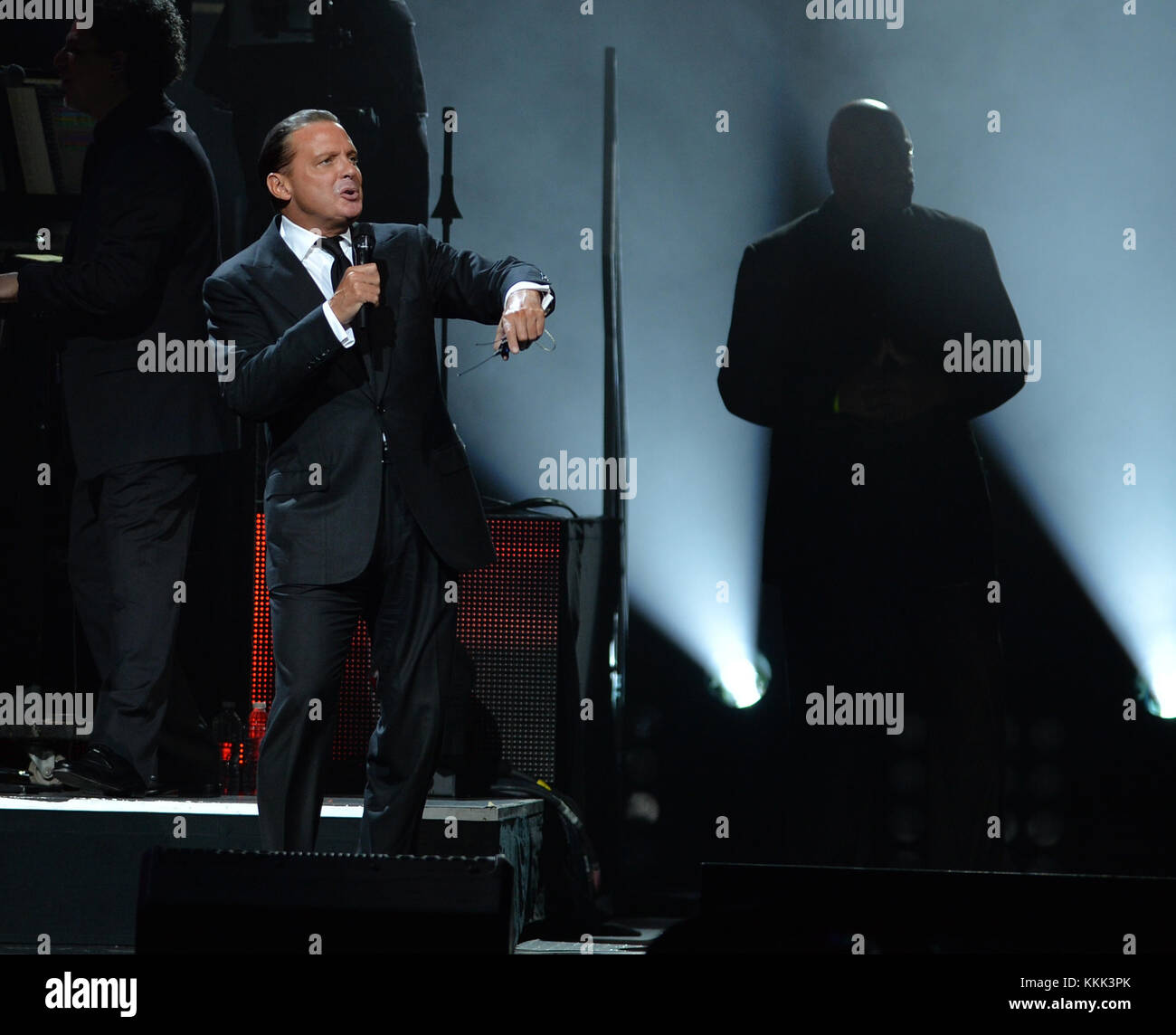 MIAMI, FL - DECEMBER 10: Singer Luis Miguel seems paranoid after attacks in Paris and Performs with bodyguard on - Stock Image