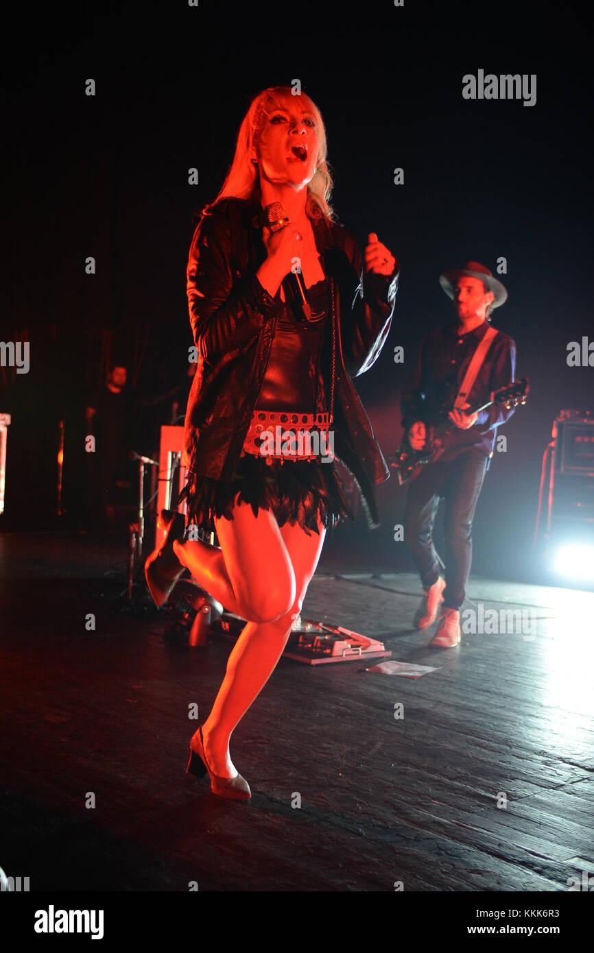 MIAMI BEACH, FL - NOVEMBER 02: Emily Haines of Metric performs at The Fillmore on November 2, 2015 in Miami Beach, Stock Photo