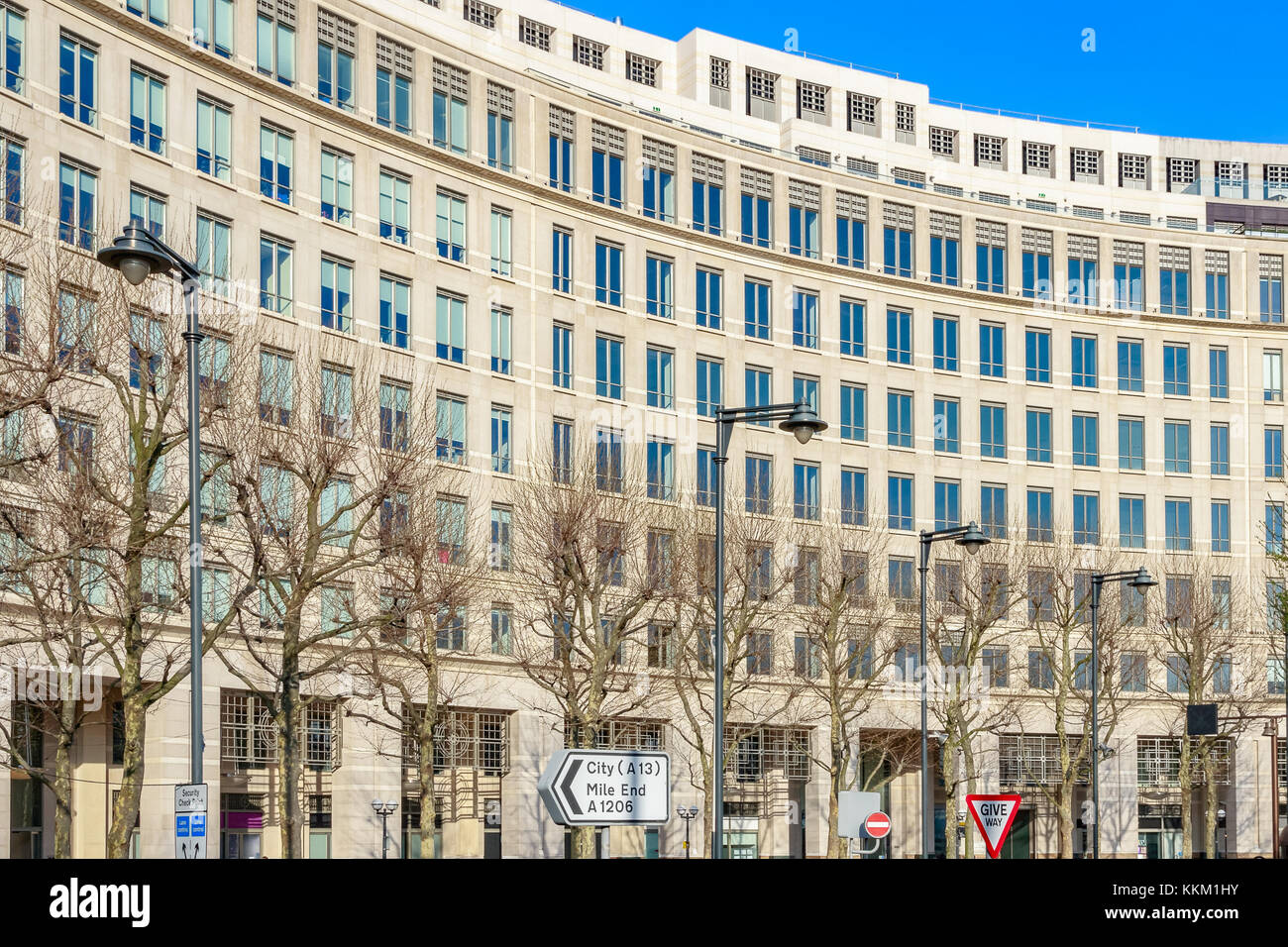 Facade of an office building on Westferry Circus in Canary Wharf, London - Stock Image
