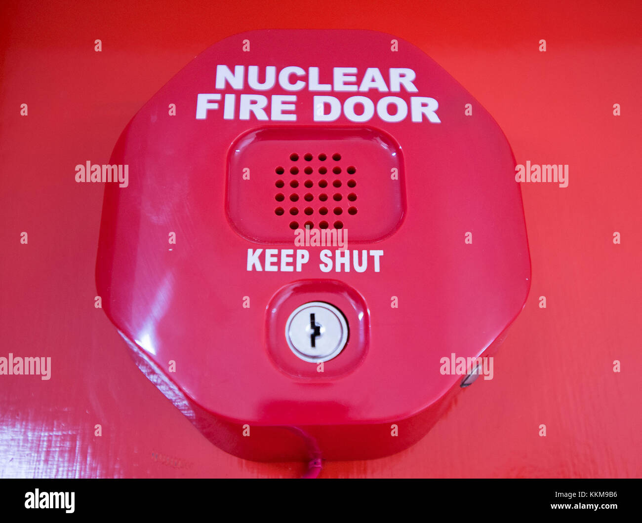 Alarm on a nuclear fire door at the Huntetston B Nuclear Power Station, West Kilbride, North Ayrshire, Scorland. - Stock Image
