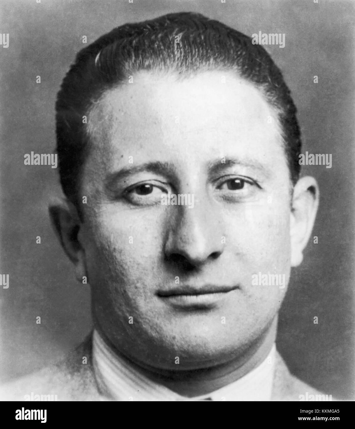 circa 1935:  Headshot of Italian gangster Carlo Gambino.  (Photo by Hulton Archive/Getty Images) Carlo Gambino - Stock Image