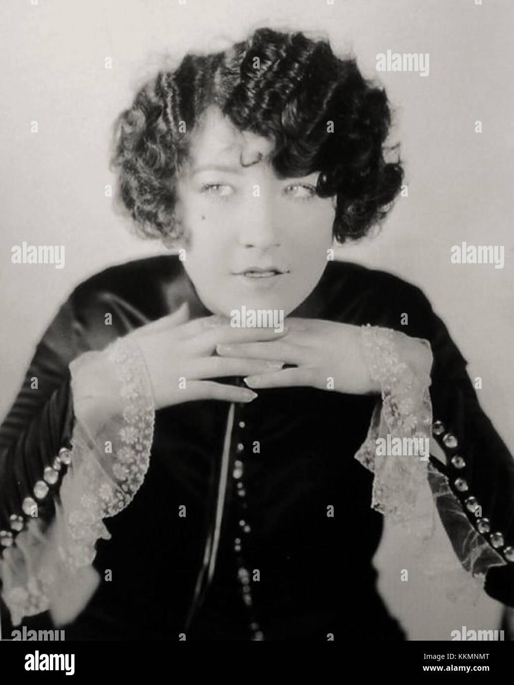 Hannah Monson,Sana Amin Sheikh 1995 Hot pictures Betty Arlen,Tea Falco