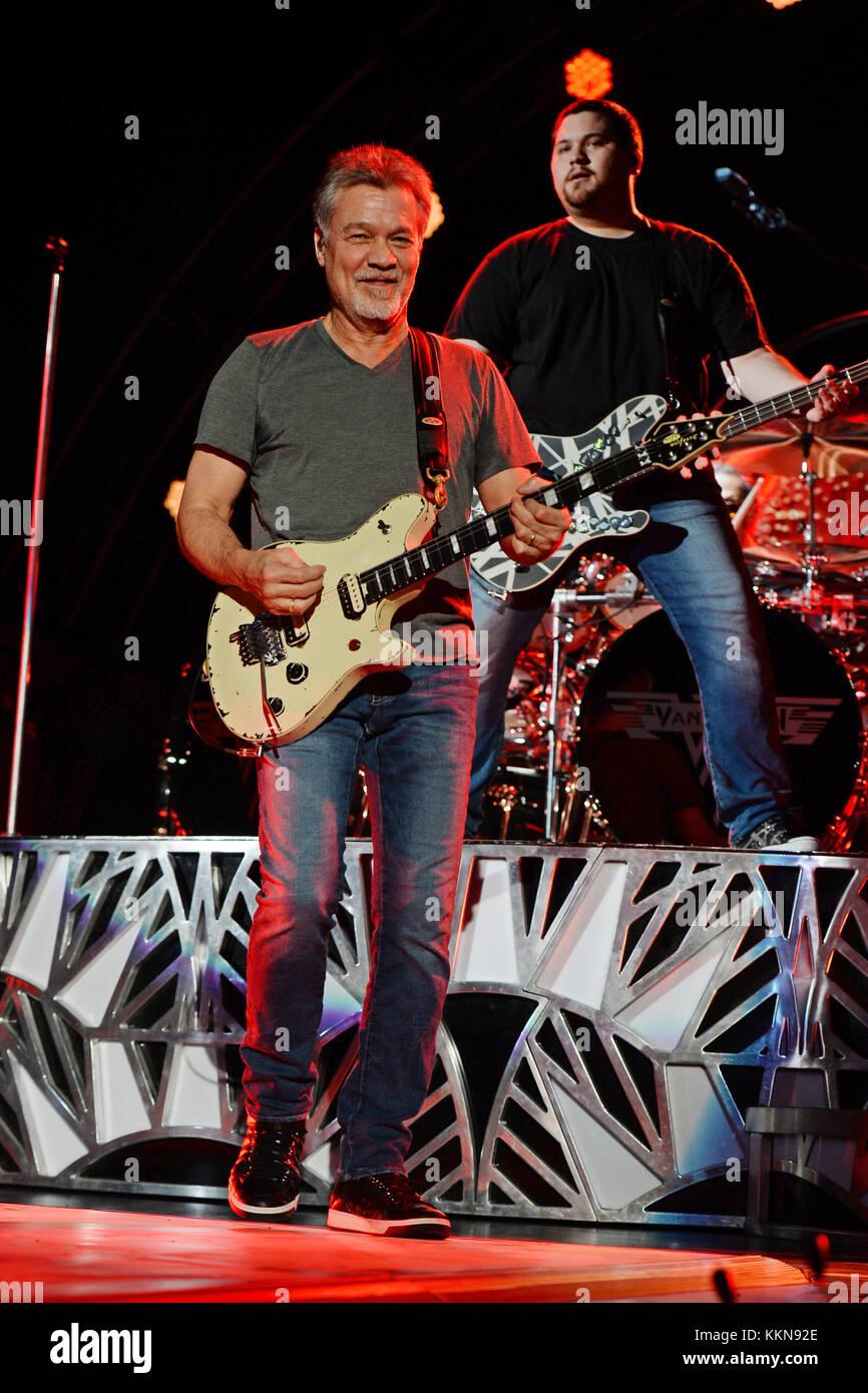 West Palm Beach Fl September 15 Eddie Van Halen Wolfgang Van Stock Photo Alamy