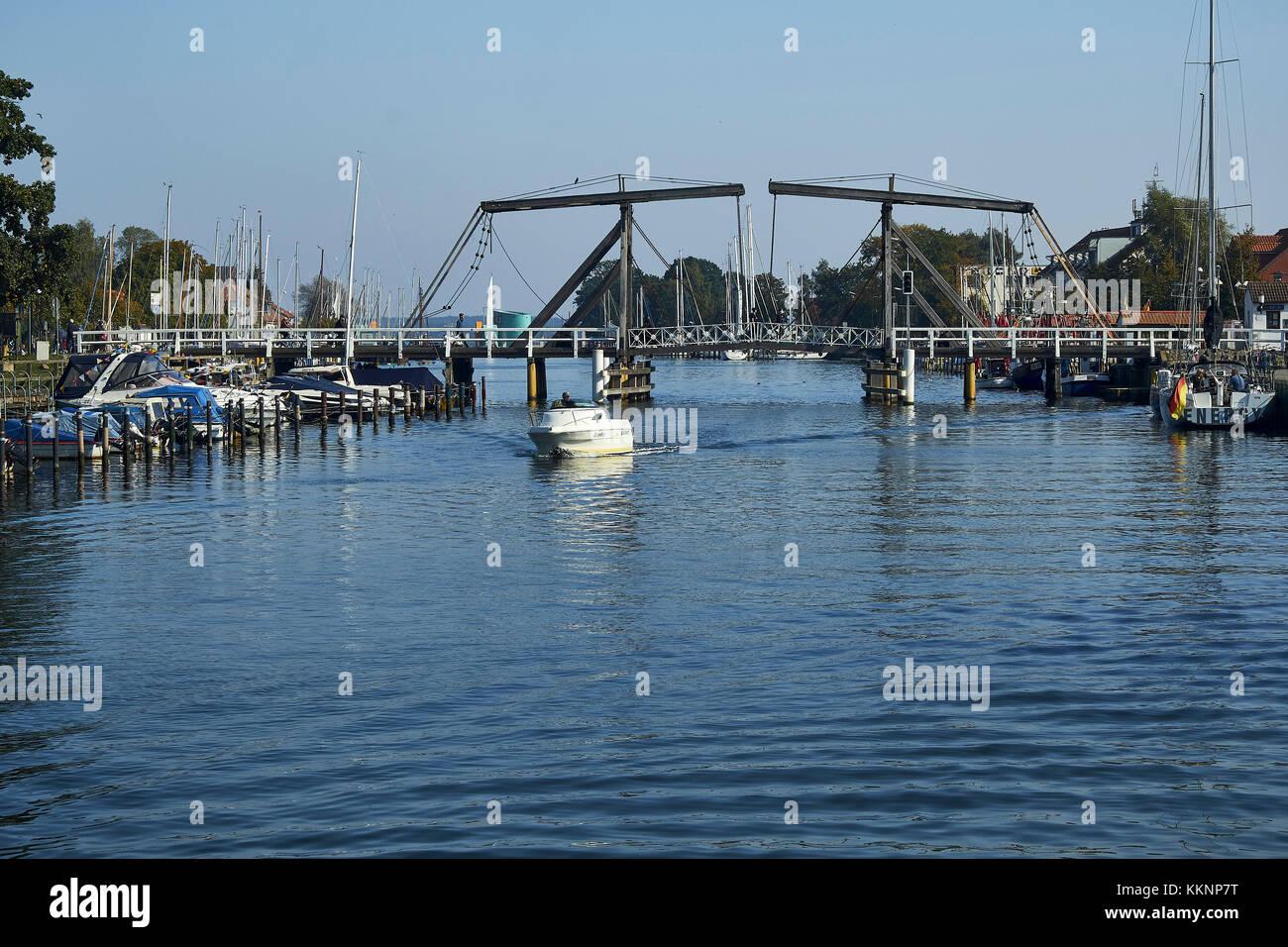 Bascule bridge in Greifswald, Wiek, Mecklenburg-Vorpommern, Germany - Stock Image