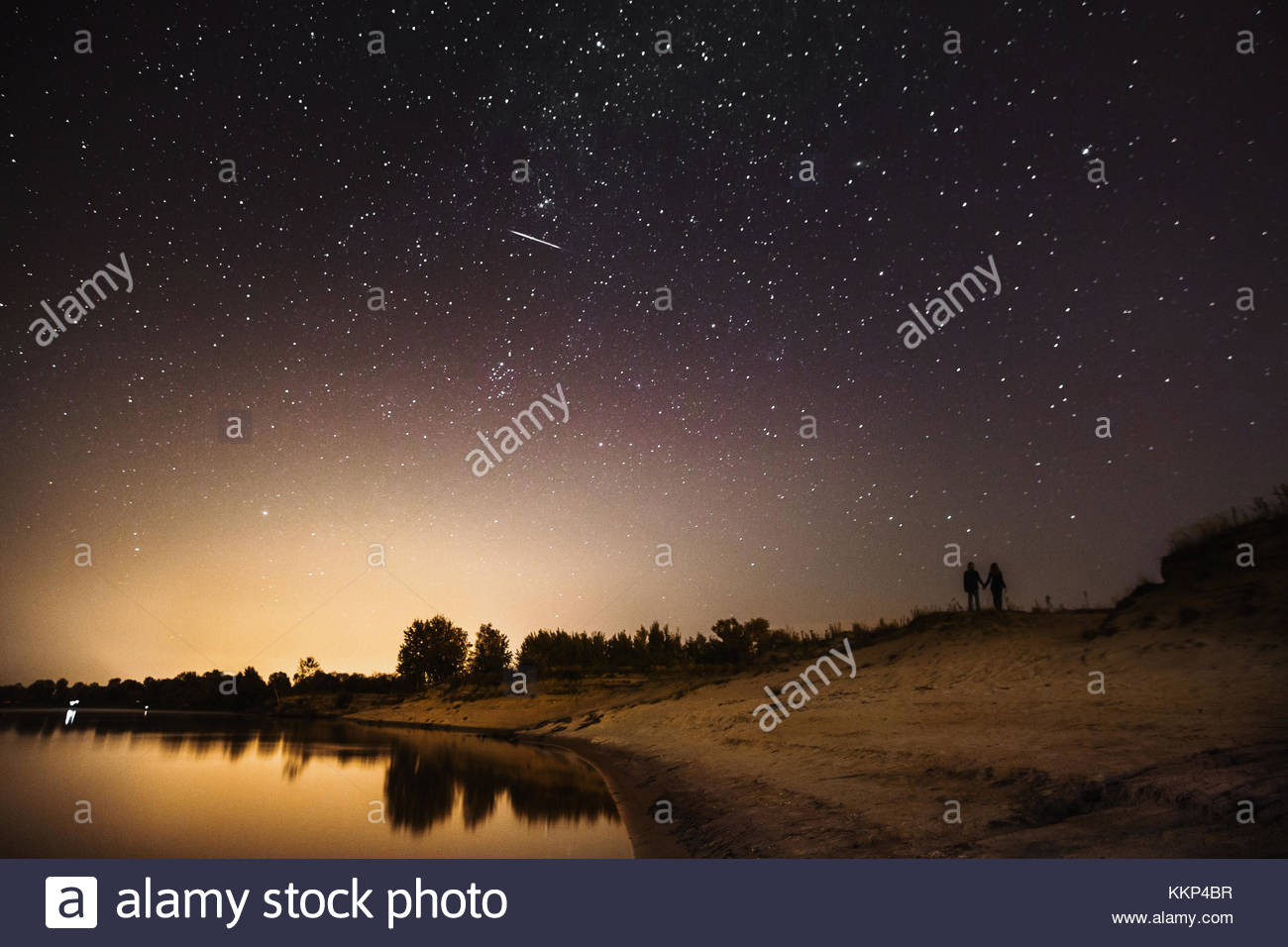 Silhouette Of Couple In Love Against The Backdrop Night Sky Beautiful