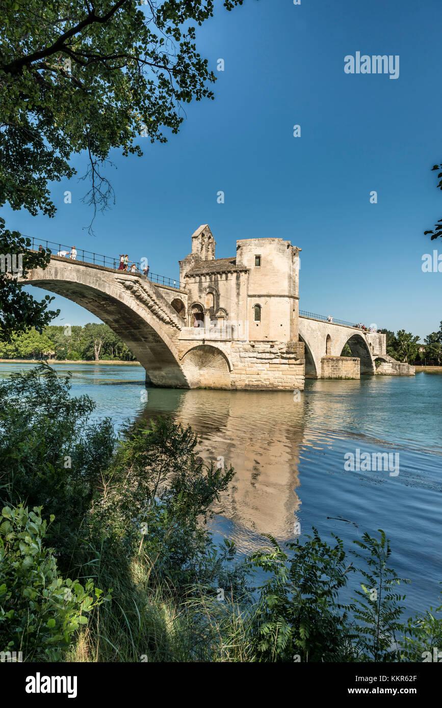 Avignon, Provence, Provence-Alpes-Côte d'Azur, Vaucluse, Southern France, France, Bridge of St Benezet over the Stock Photo