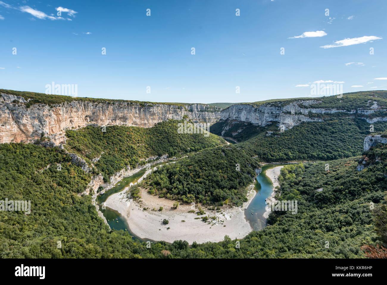 France,  Rhône-Alpes, Ardèche, Saint-Martin-d'Ardèche, Gorges de l'Ardèche, view at - Stock Image