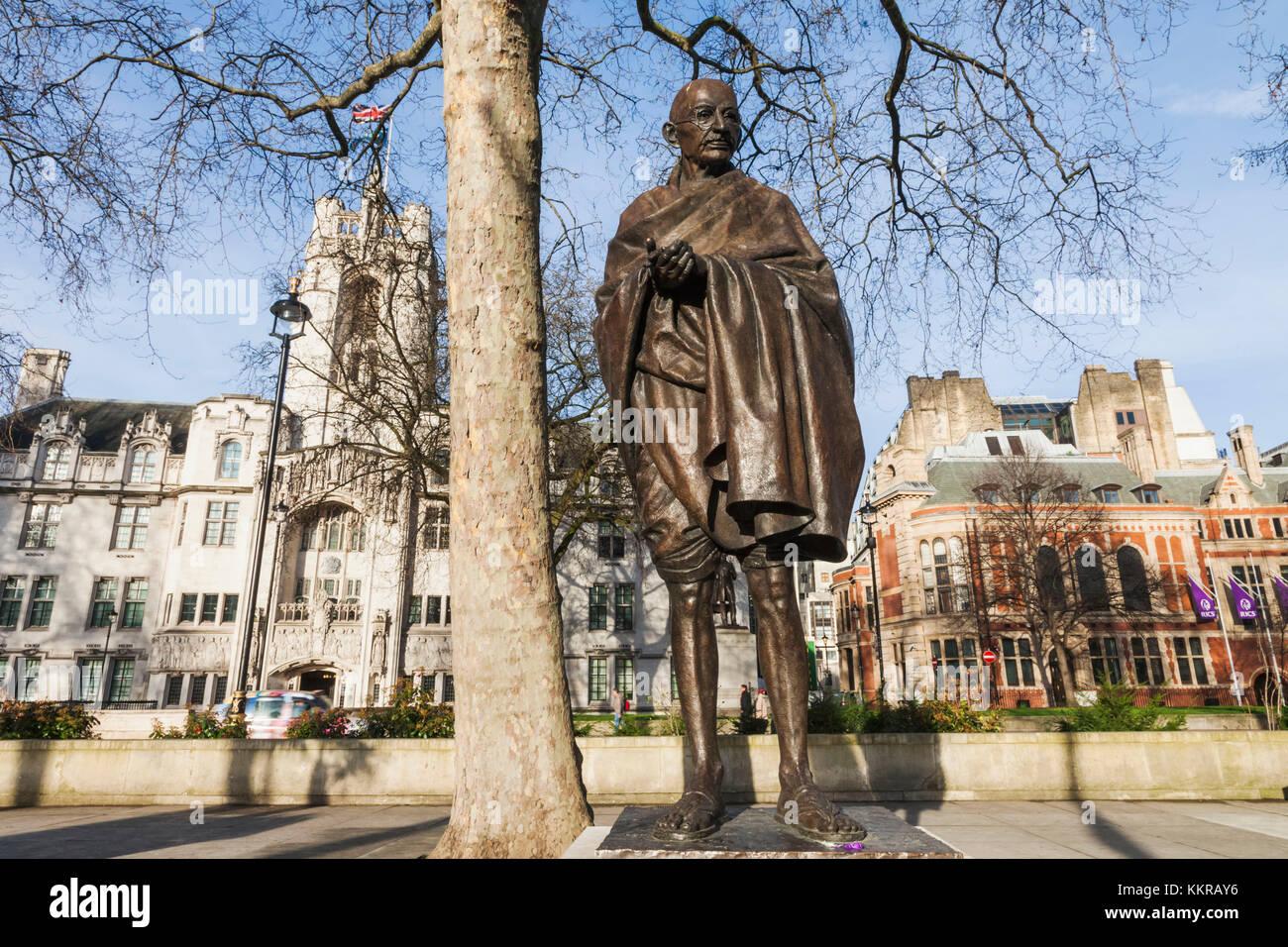 England, London, Westminster, Mahatma Gandhi Statue by Philip Jackson - Stock Image