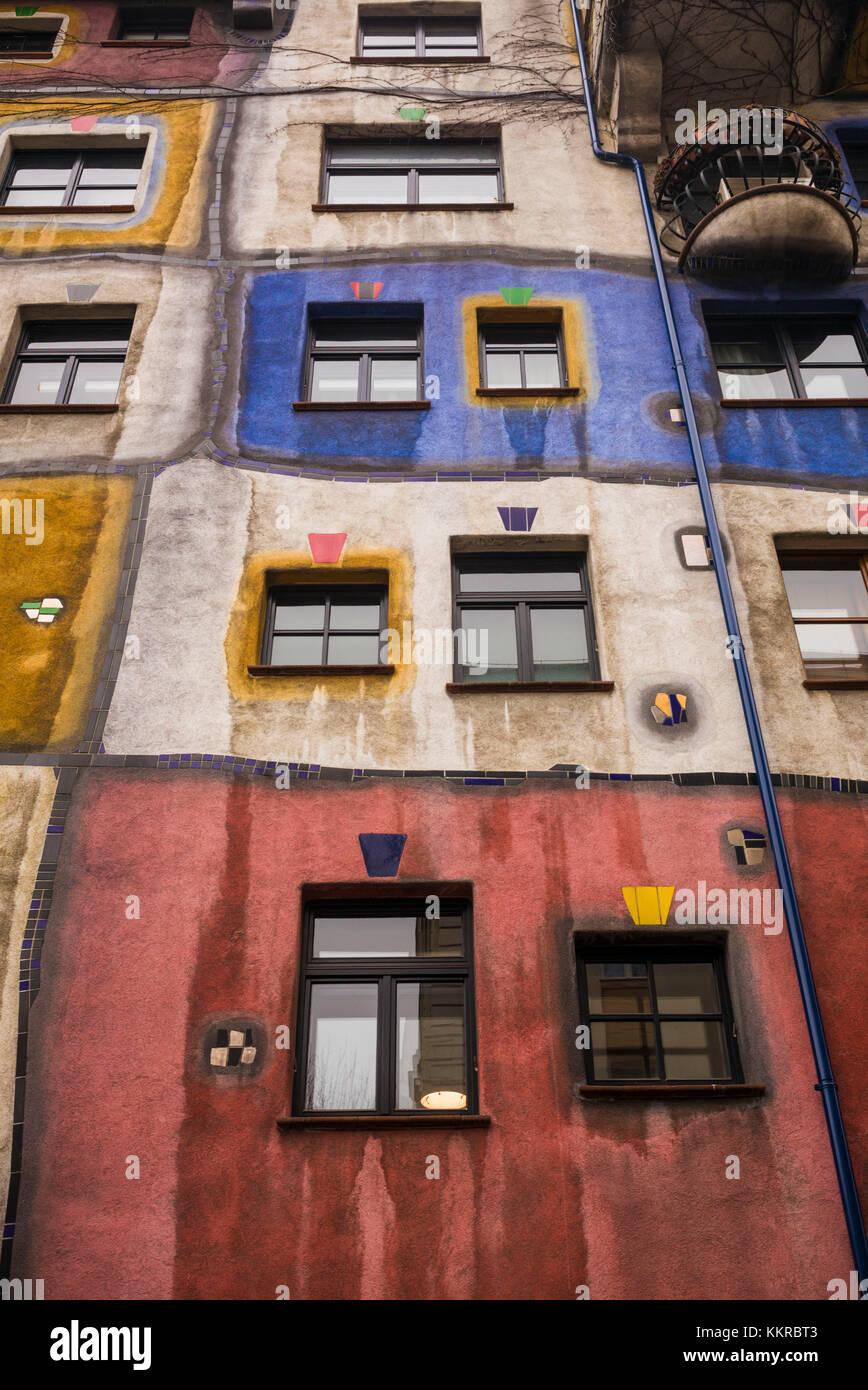 Austria, Vienna, Hundertwasserhaus, public housing designed by architect Friedenreich Hundertwasser, exterior - Stock Image