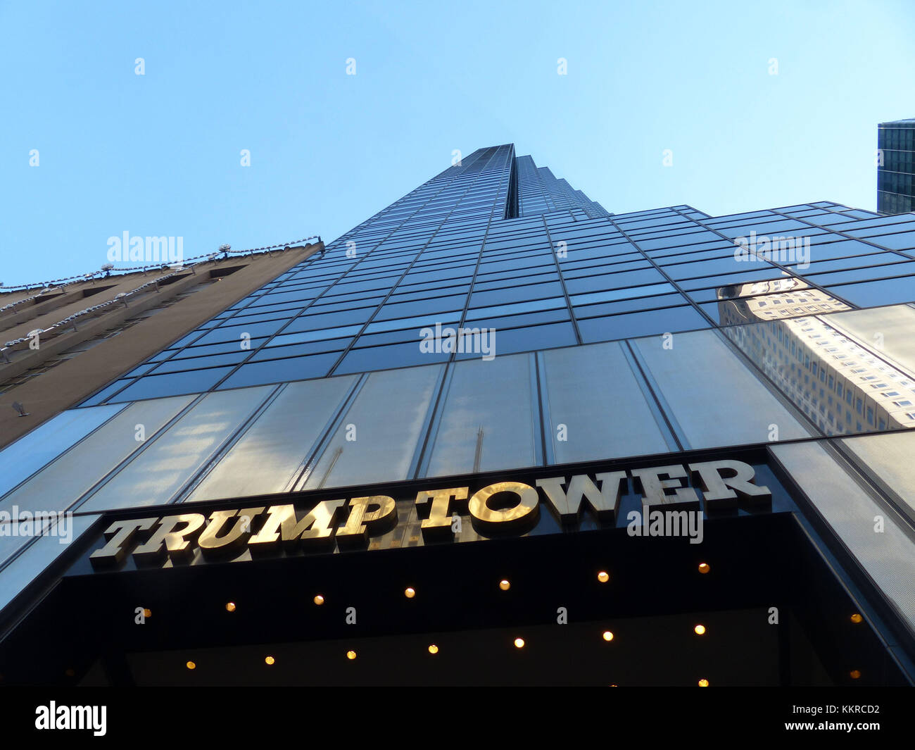 Trump Tower located at 56th Street and Fifth Avenue. It was financed by Trump Organisation and was designed by Architect - Stock Image