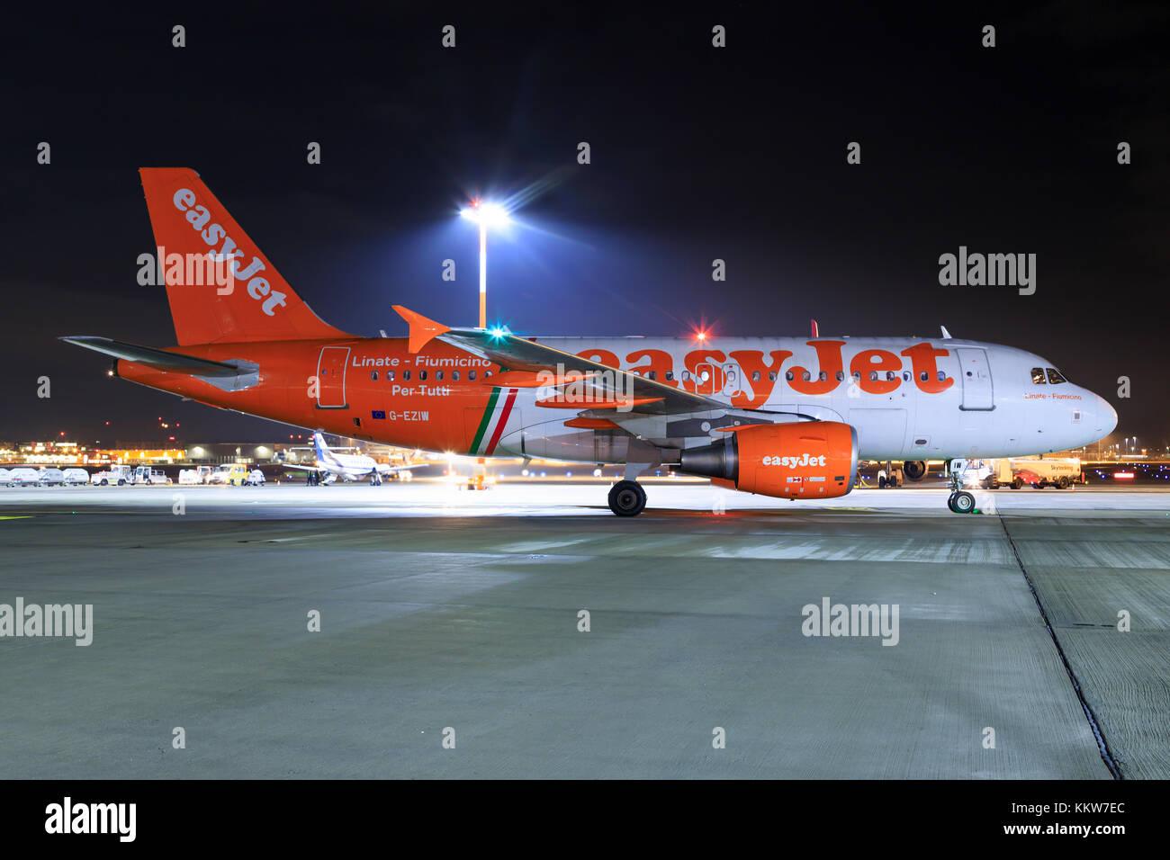 Stuttgart/Germany Oktober 27, 2017: Airbus from Easyjet at Stuttgart Airport. - Stock Image