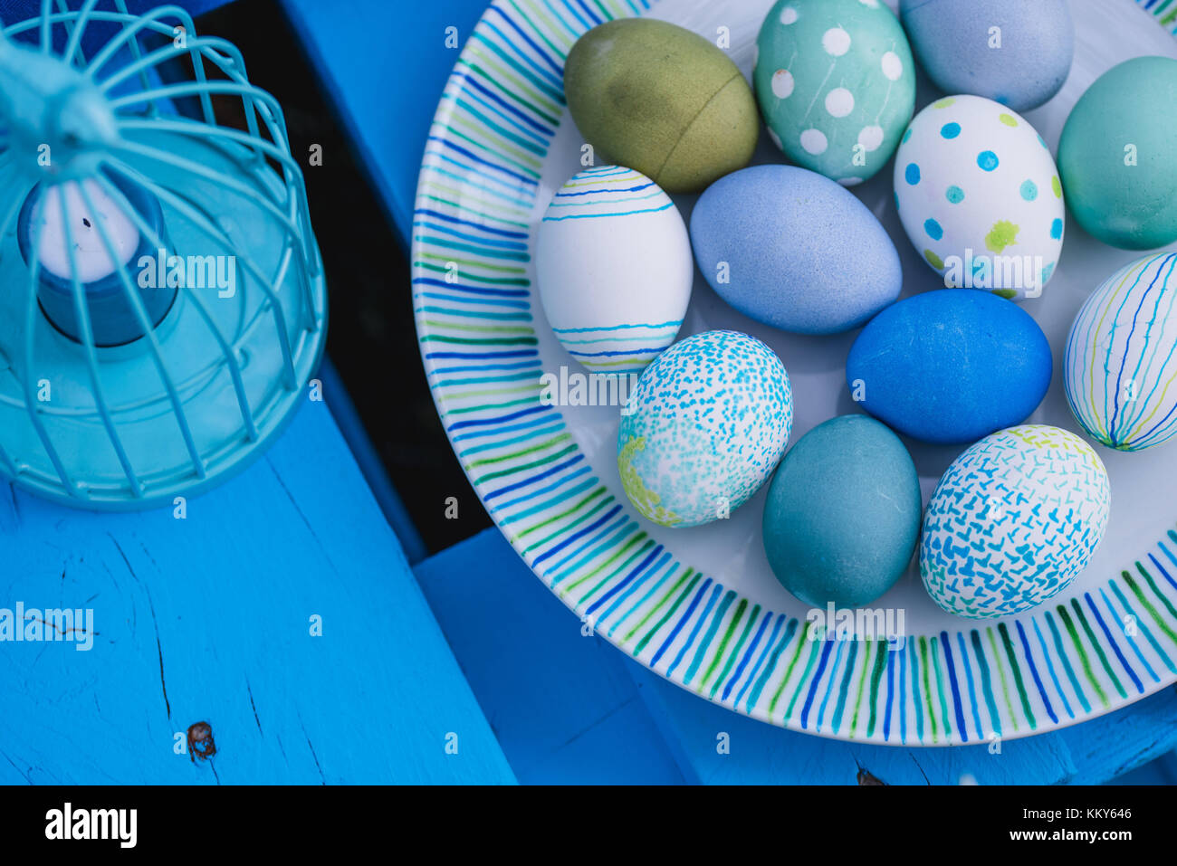 Garden, sofa made of pallets, Easter decoration, eggs, detail, bird's-eye view - Stock Image