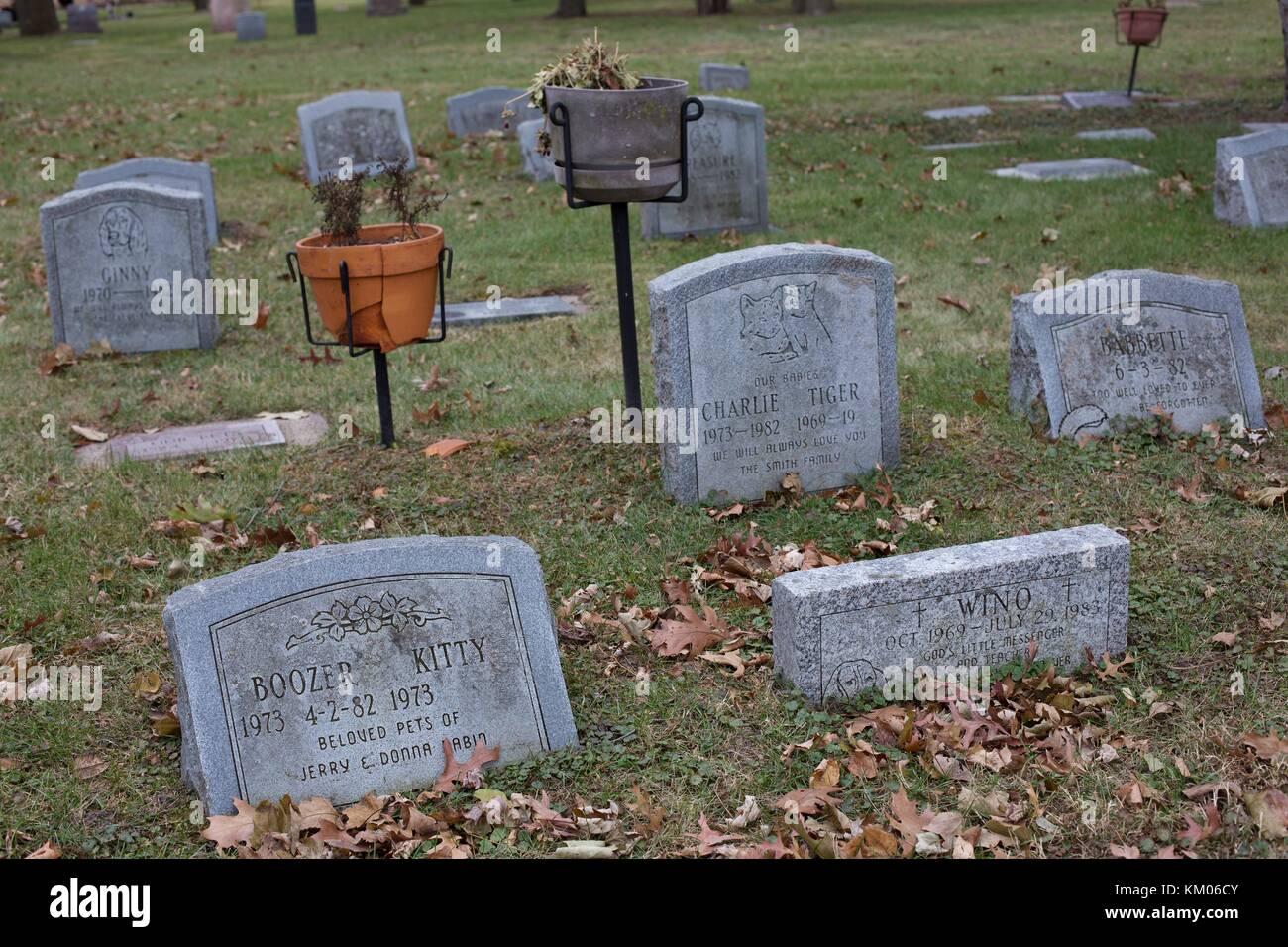 Pet Cemetery Stock Photos Pet Cemetery Stock Images Alamy