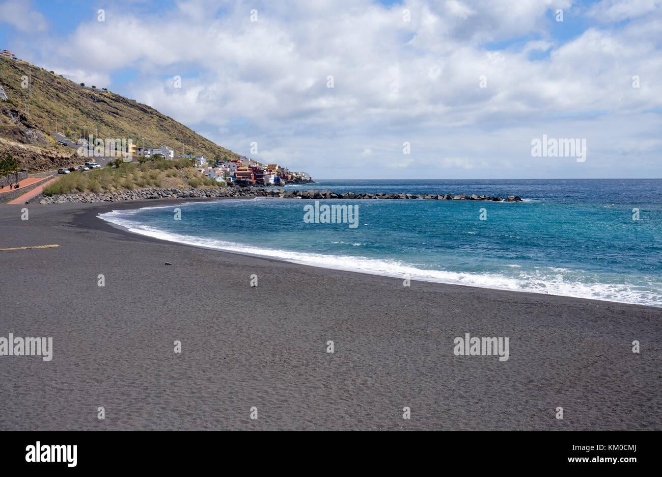 Playa la Nea, dark volcanic beach betwee Radazul and Boca Cangrejo, nort-east of Tenerife island, Canary islands, - Stock Image