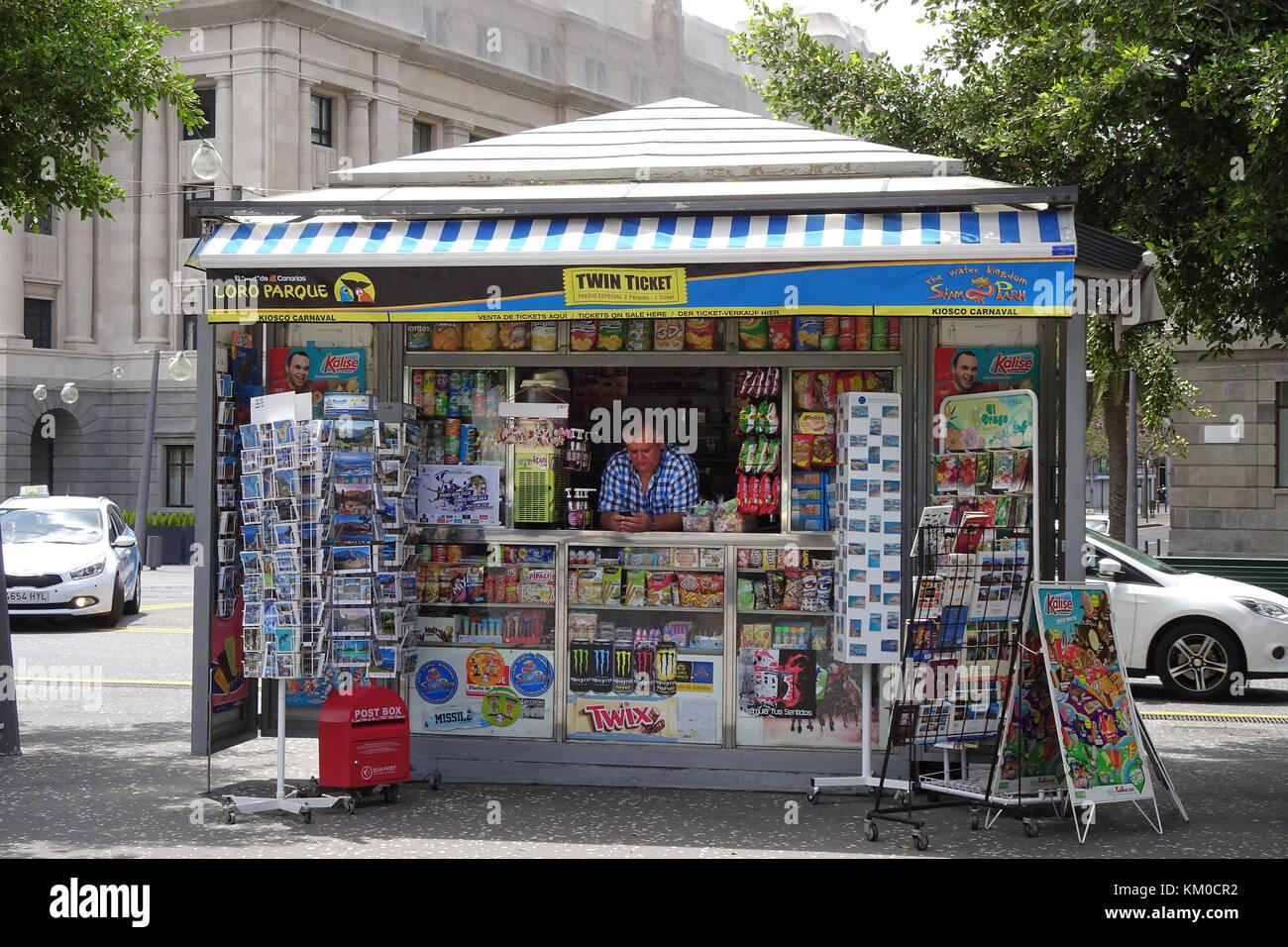 Kiosk at Place d'Espagne, Santa Cruz de Tenerife, capital of Tenerife island, Canary islands, Spain - Stock Image