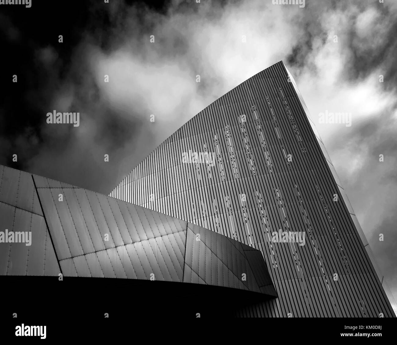 Daniel Liebskind's Imperial War Museum North, Salford Quays, Manchester. - Stock Image