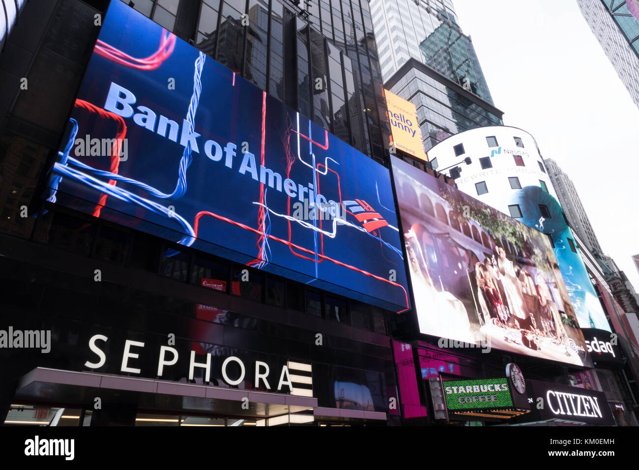 Lit Advertising Billboards In Times Square Nyc Usa Stock