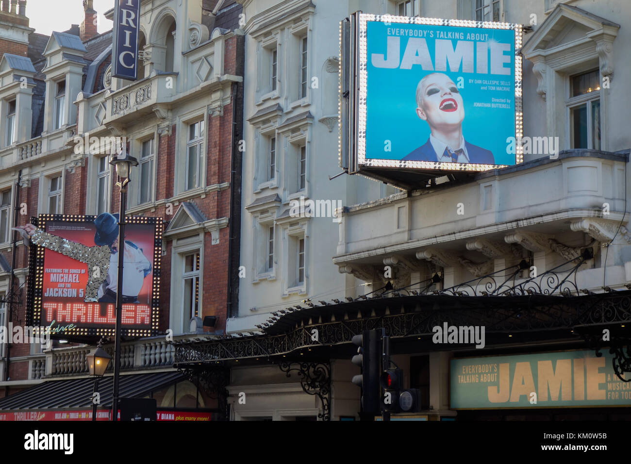 Theatre Signage at the Apollo Theatre on Shaftesbury Avenue in London's West end currently showing  Everybody's - Stock Image