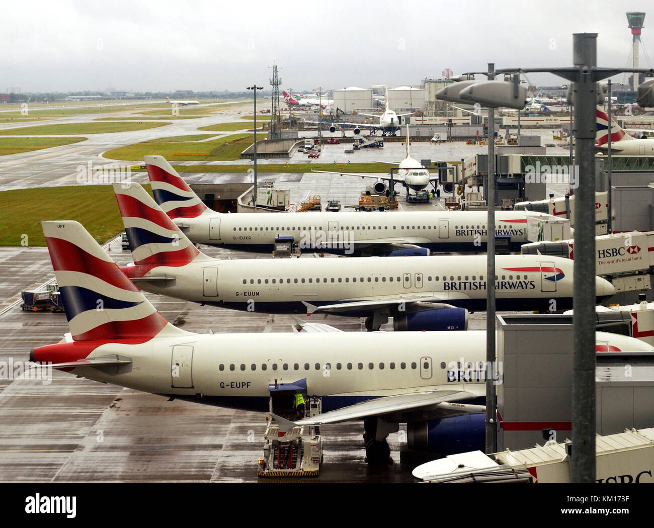 AJAXNETPHOTO. 2008, LONDON,HEATHROW, ENGLAND. - TERMINAL 5, LONDON HEATHROW AIRPORT. PHOTO:JONATHAN EASTLAND/AJAX - Stock Image
