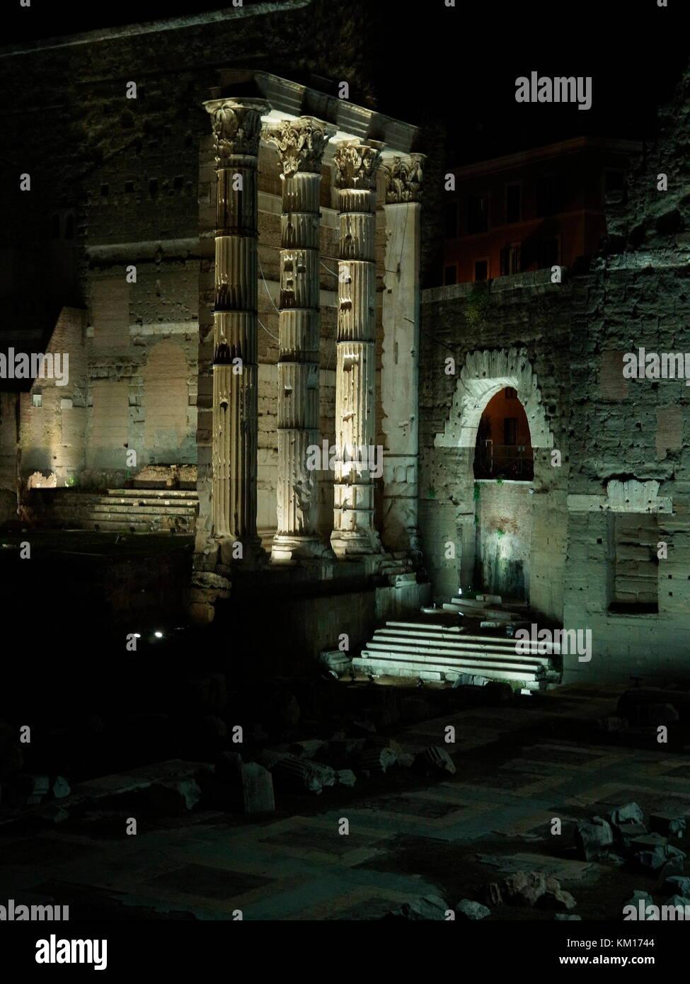 AJAXNETPHOTO. 2015. ROME, ITALY. - ROMAN RUINS - FORUM OF AUGUSTUS, COMMEMORATES BATTLE AT PHILIPPI, LOCATED NEAR THE PIAZZO FORO DEL TRAIANO.  PHOTO:JONATHAN EASTLAND/AJAX REF:GXR151012_5703 Stock Photo