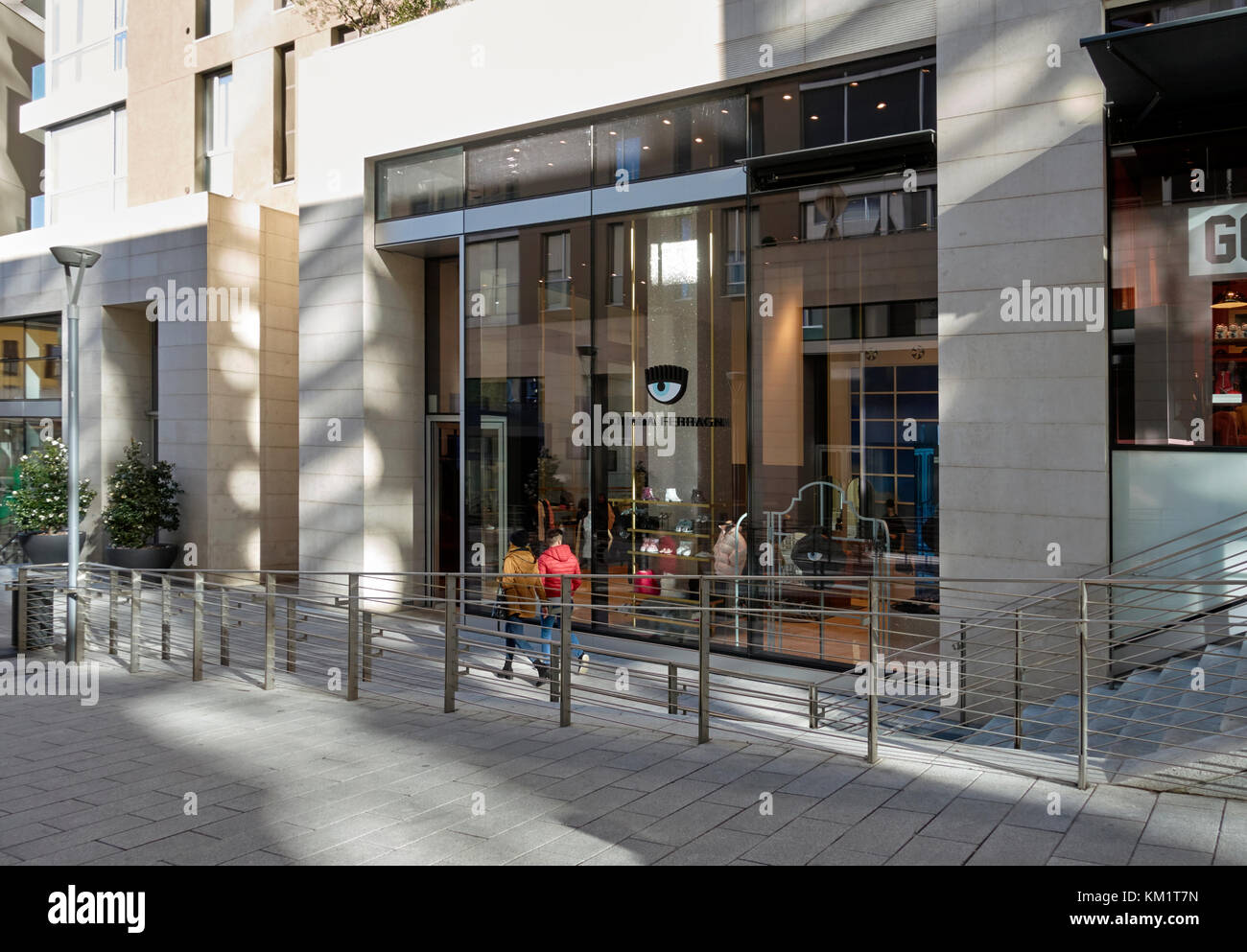 aae74010f99f24 Chiara Ferragni Fashion Stock Photos   Chiara Ferragni Fashion Stock ...