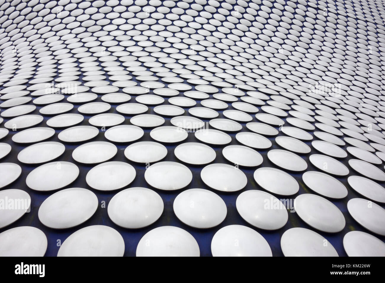 Selfridges Building by architects Future Systems, part of the Bullring Shopping Centre for Selfridges Department - Stock Image