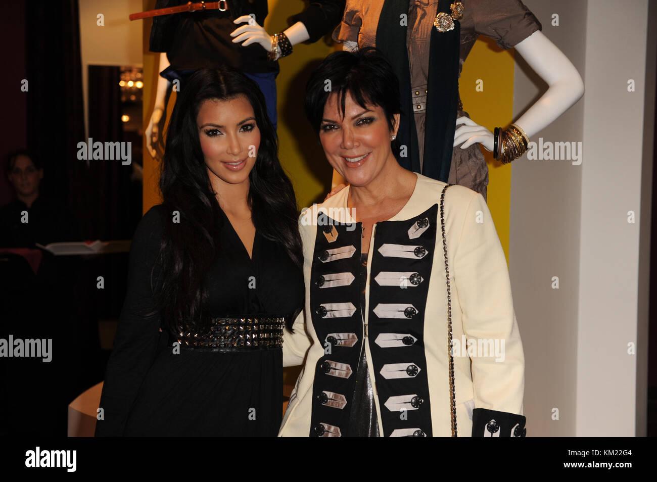SMG_Kim Kardashian_Agaci_112009_06.jpg  SUNRISE- NOVEMBER 20: Media and reality show personality Kim Kardashian - Stock Image