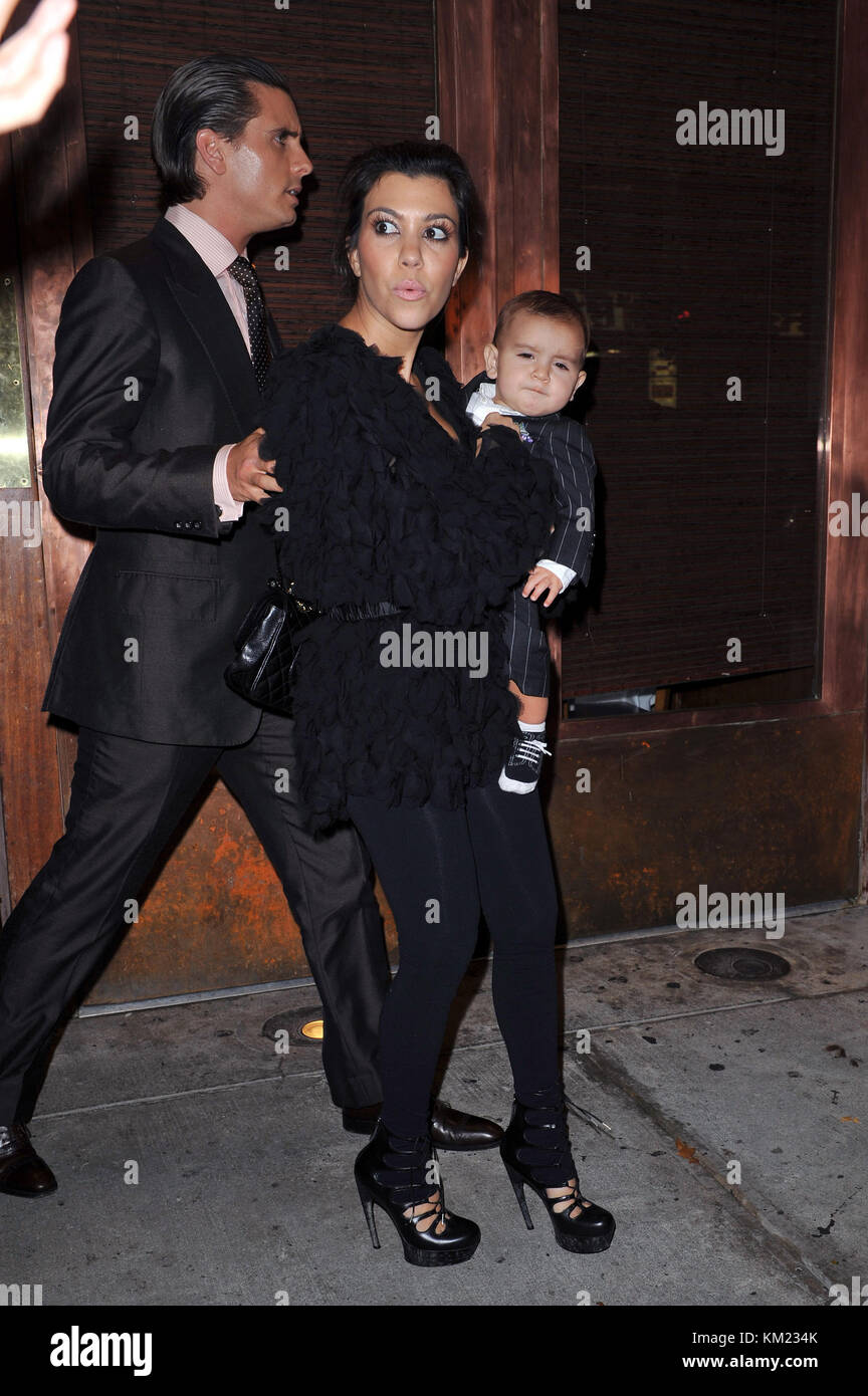 d2c42098e5 NEW YORK - OCTOBER 26  Television personality Kim Kardashian Stock ...