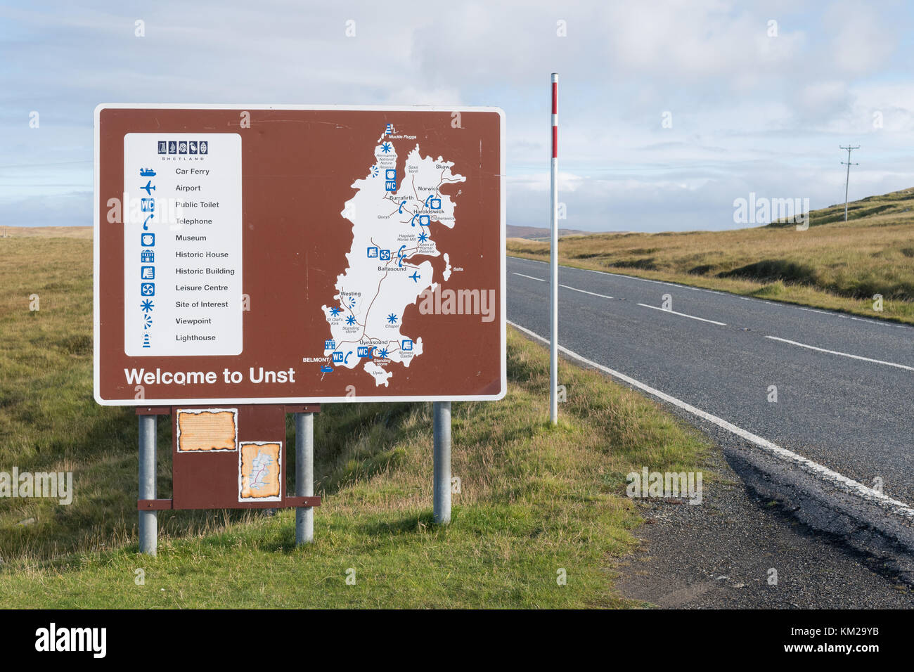 Welcome to Unst sign and map, Unst, Shetland Islands, Scotland, UK - Stock Image