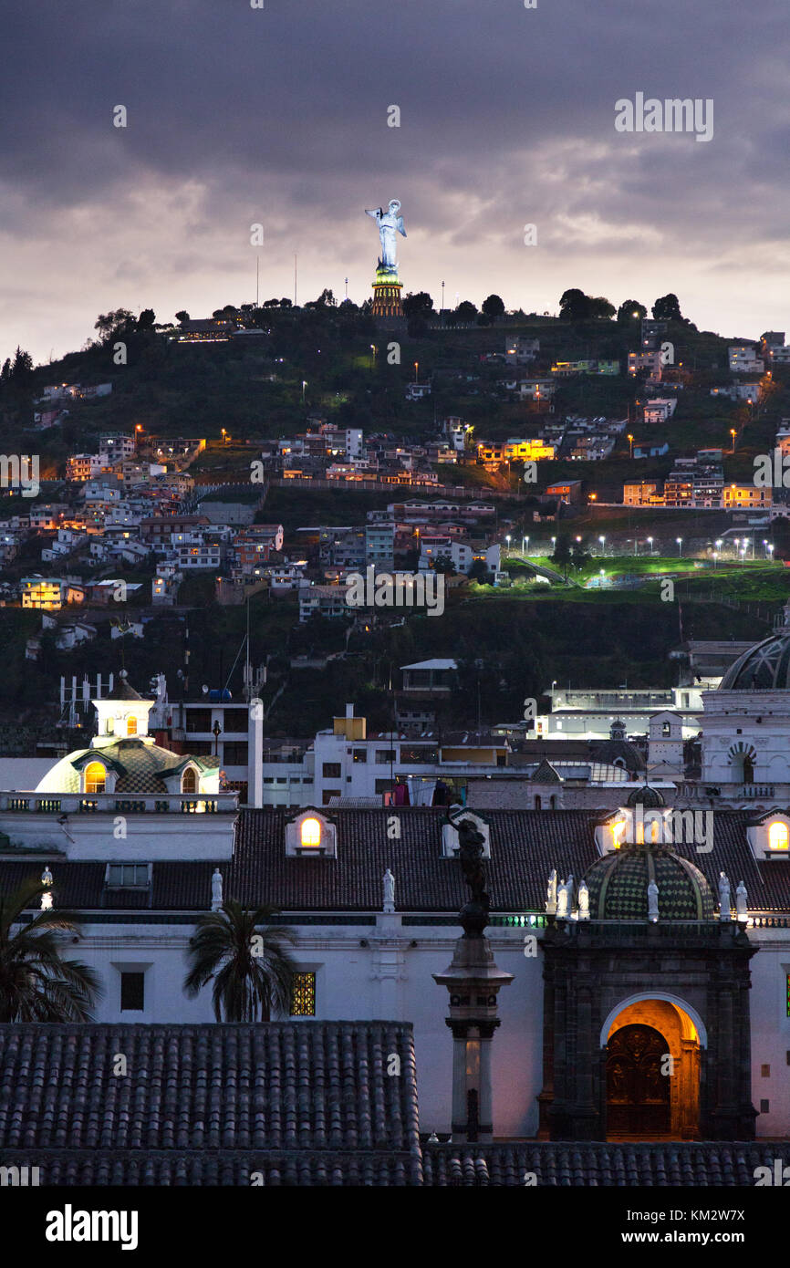 Quito Ecuador - dusk over Panecillo Hill ( El Panecillo ), and the Virgin of Quito, Quito, Ecuador South America - Stock Image