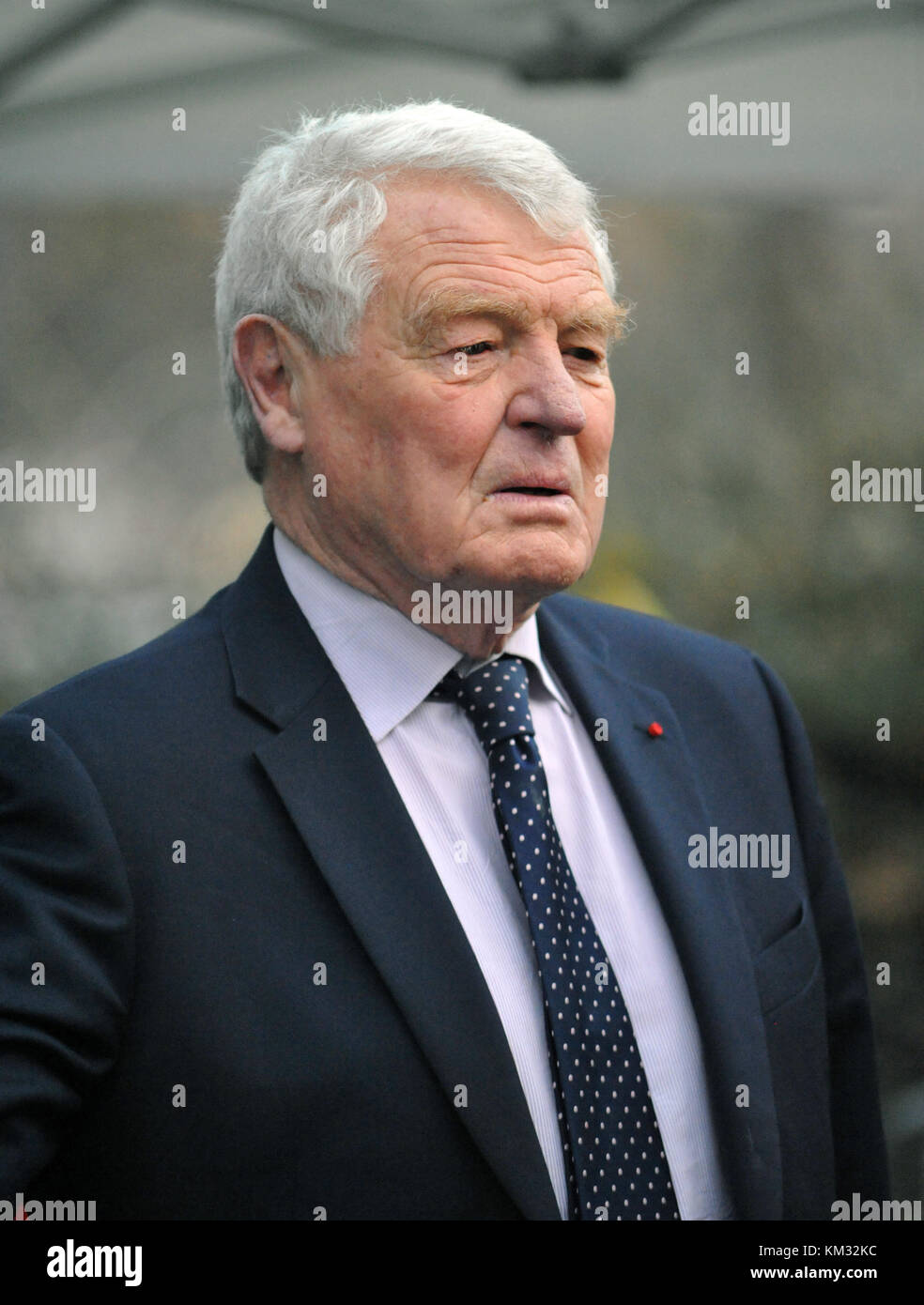 London, UK,  22/11/2017 Paddy Ashdown ex  Leader of the Liberal Democrats talks to  media on College Green about Stock Photo