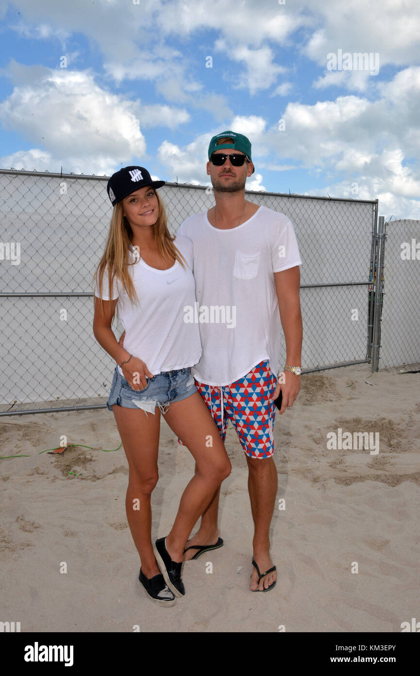 MIAMI BEACH, FL - FEBRUARY 08: (EXCLUSIVE COVERAGE) Sports Illustrated model Nina Agdal spent the day making out - Stock Image