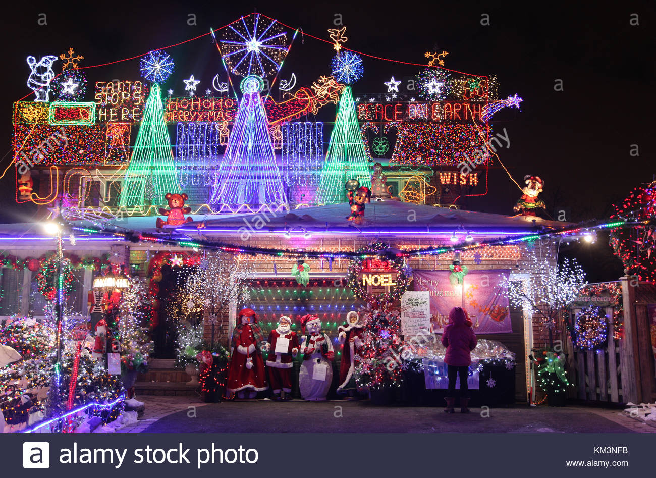 Christmas In Toronto Canada.House Decorated With A Large Amount Of Christmas Lights And