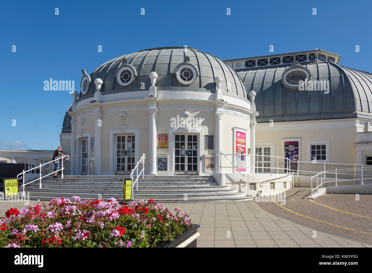 Regal Pavilion Theatre, Marine Parade, Worthing, West Sussex, England, United Kingdom - Stock Image