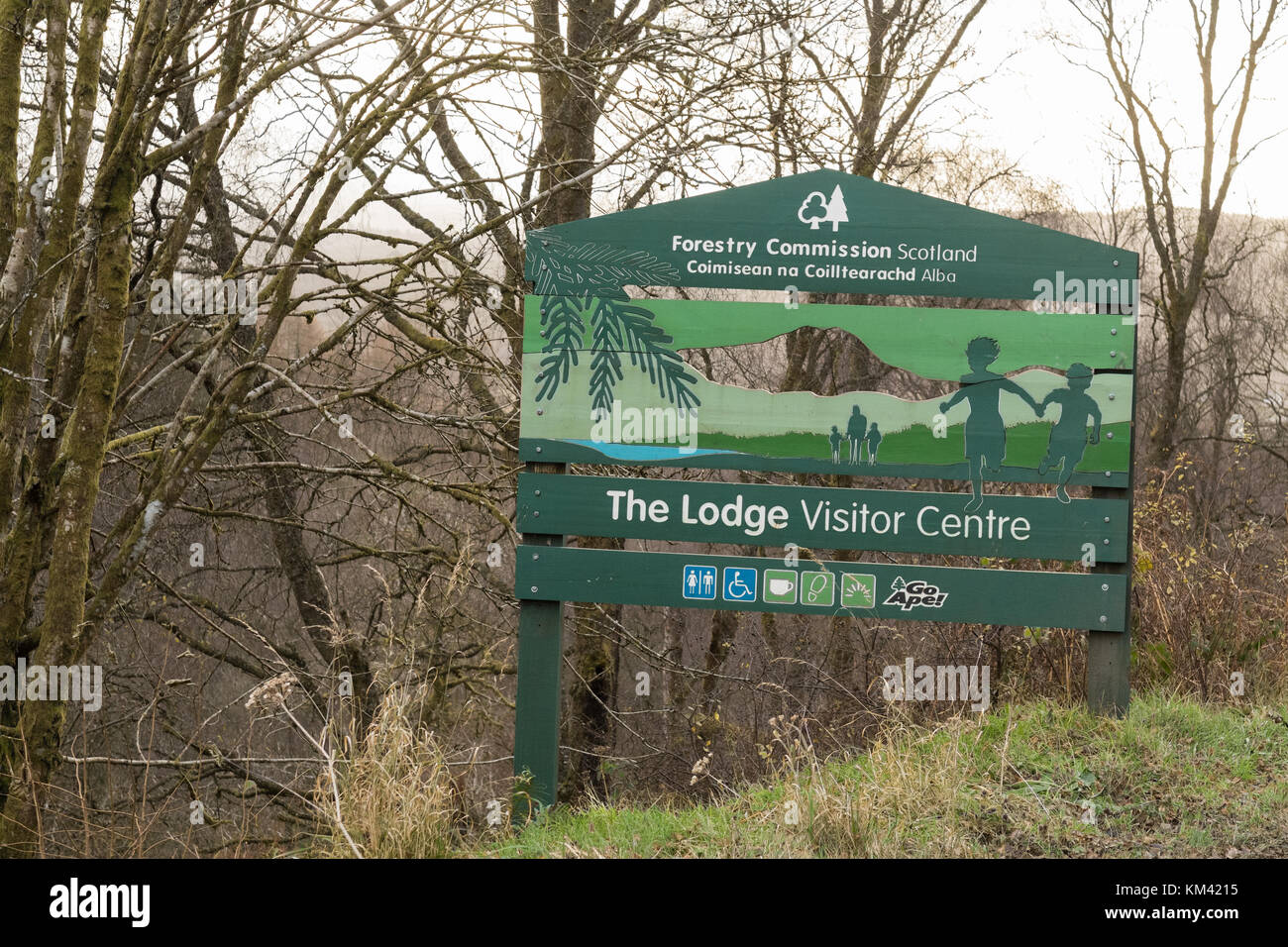 The Lodge Visitor Centre, Queen Elizabeth Forest Park sign, Aberfoyle, Scotland, UK - Stock Image
