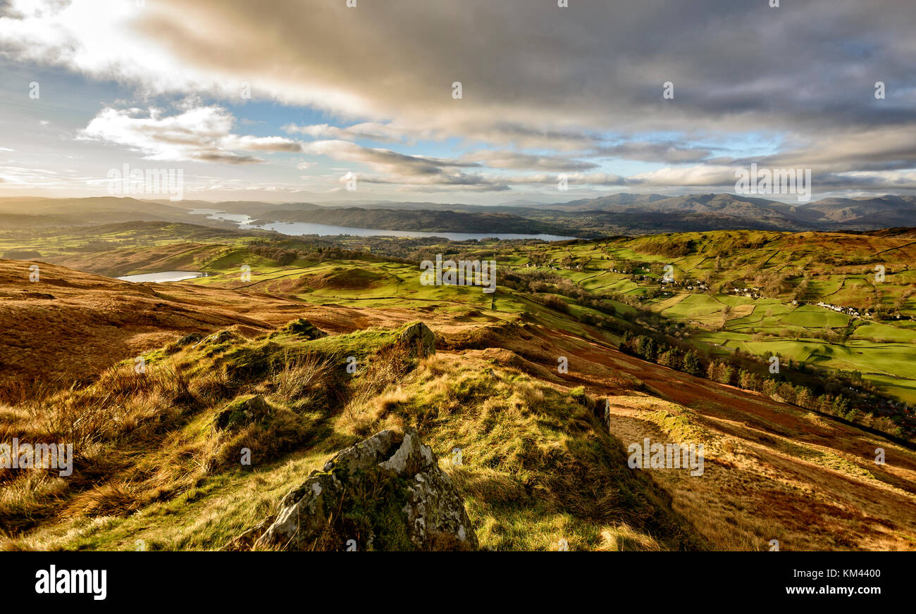 Stunning view over Windermere in the winter sunshine from the slopes of Sour Howes near Troutbeck - Stock Image