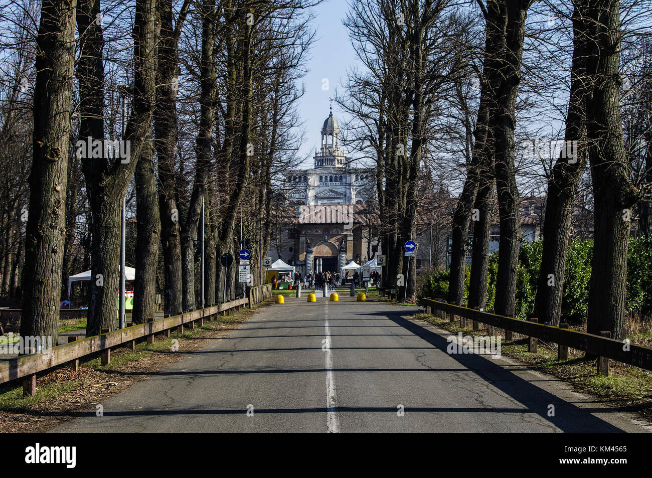 the long avenue leading to the Certosa di Pavia Stock Photo
