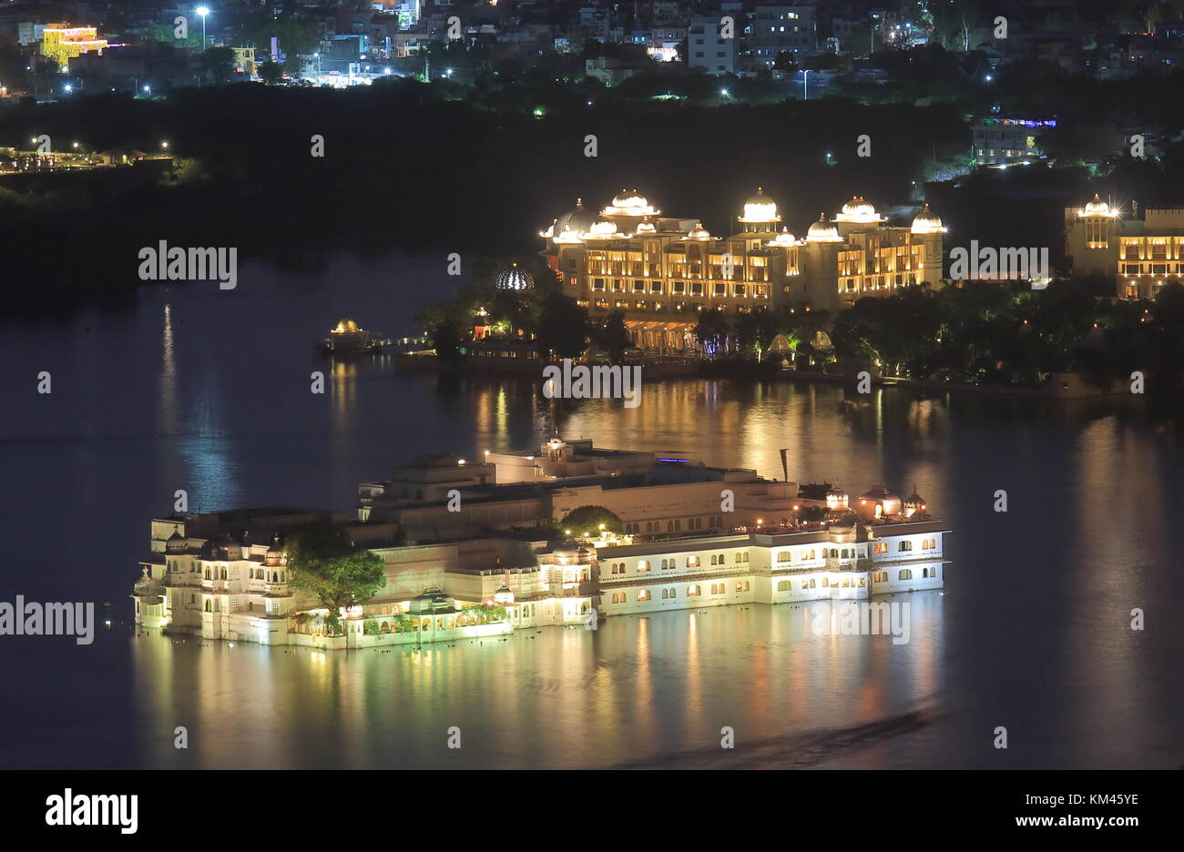 Cityscape of historical Taji lake palace Udaipur India - Stock Image