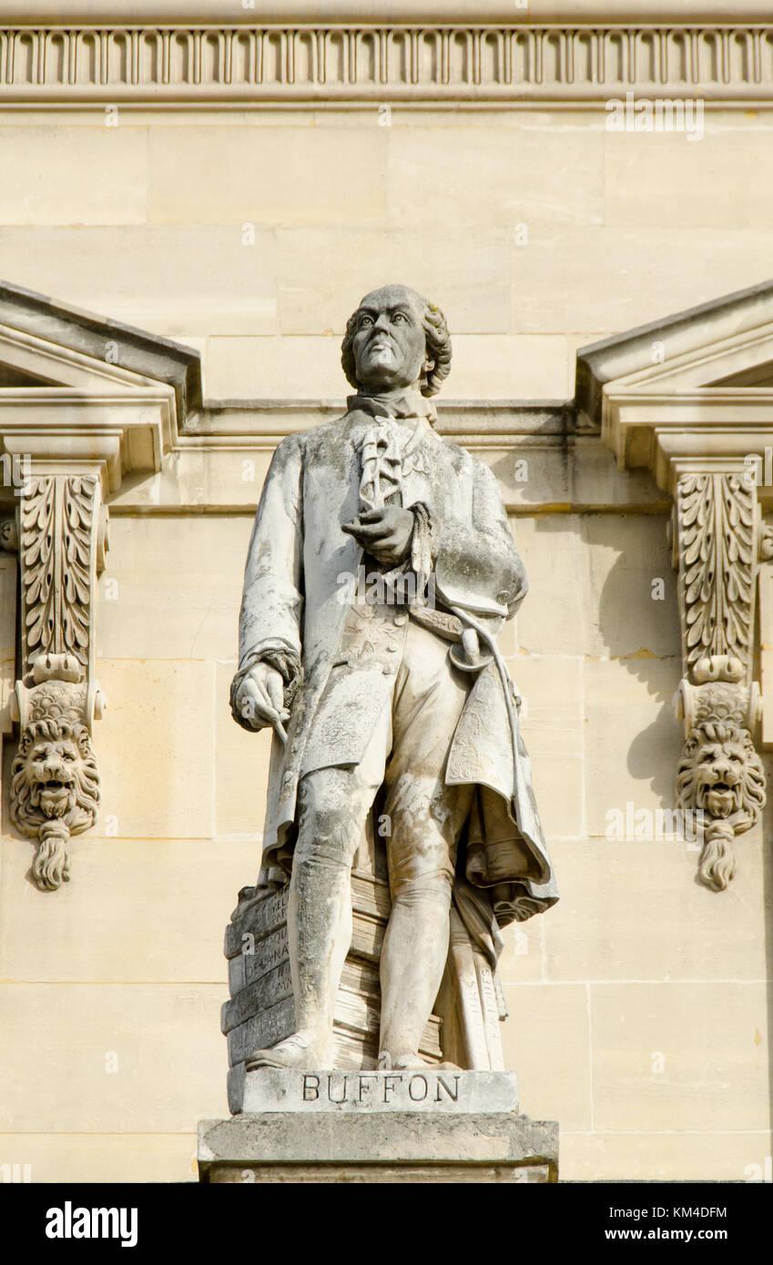 Paris, France. Palais du Louvre. Statue in the Cour Napoleon: Georges-Louis Leclerc, Comte de Buffon (1707 – 1788) - Stock Image