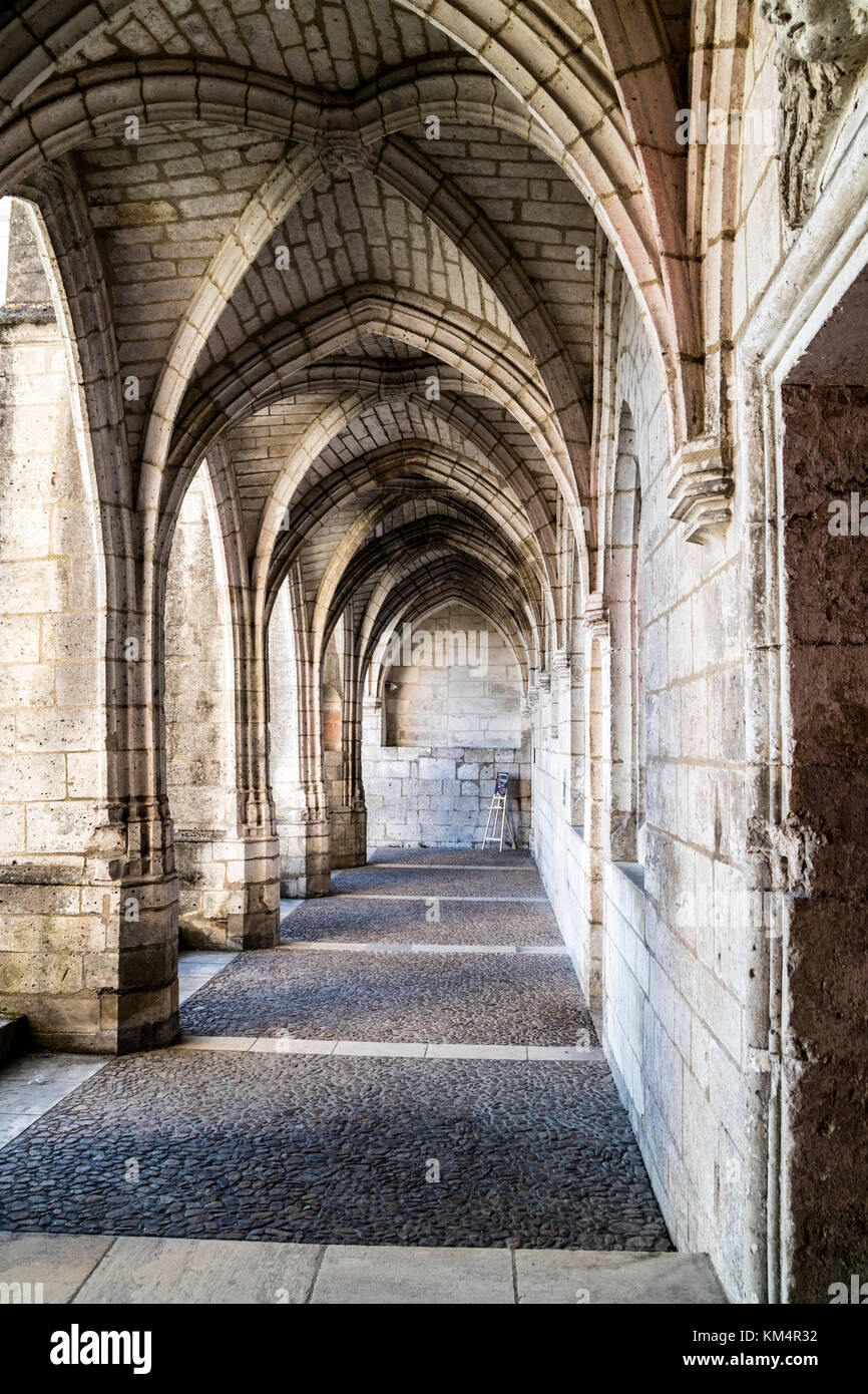 Cloisters in the Abbey of St Pierre, Brantome, Perigord, Dordogne, France, Europe. Stock Photo