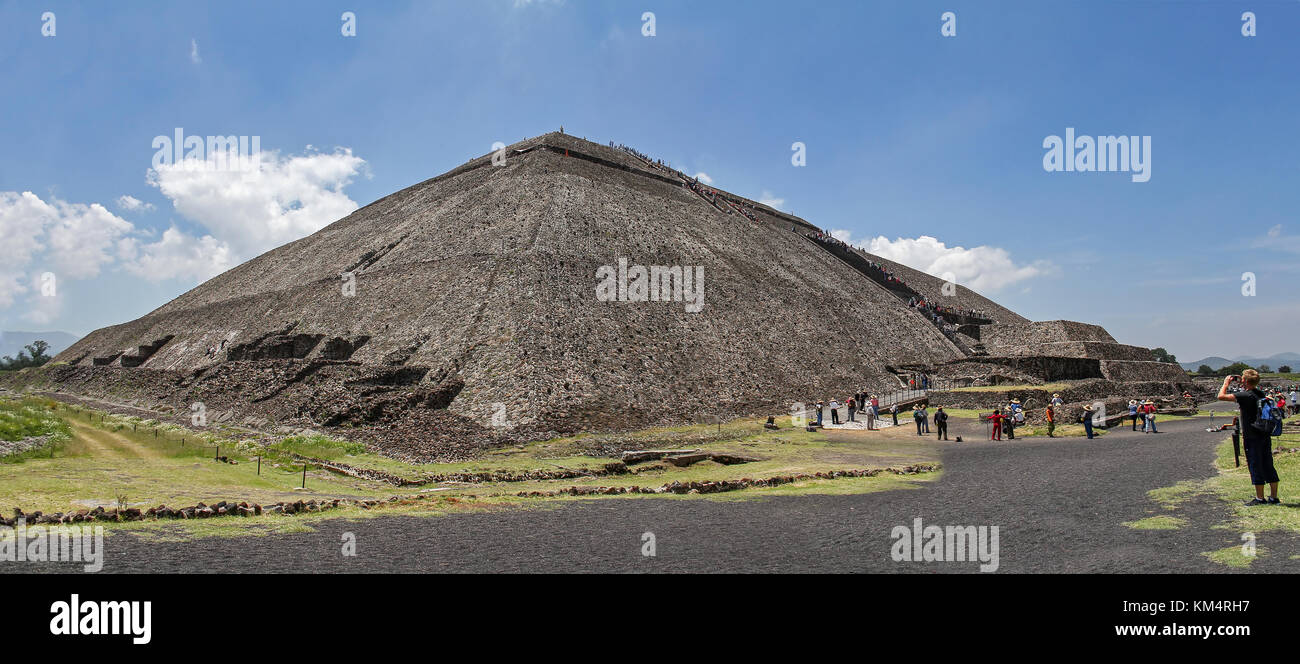 Pyramid of the sun, in Mexico - Stock Image