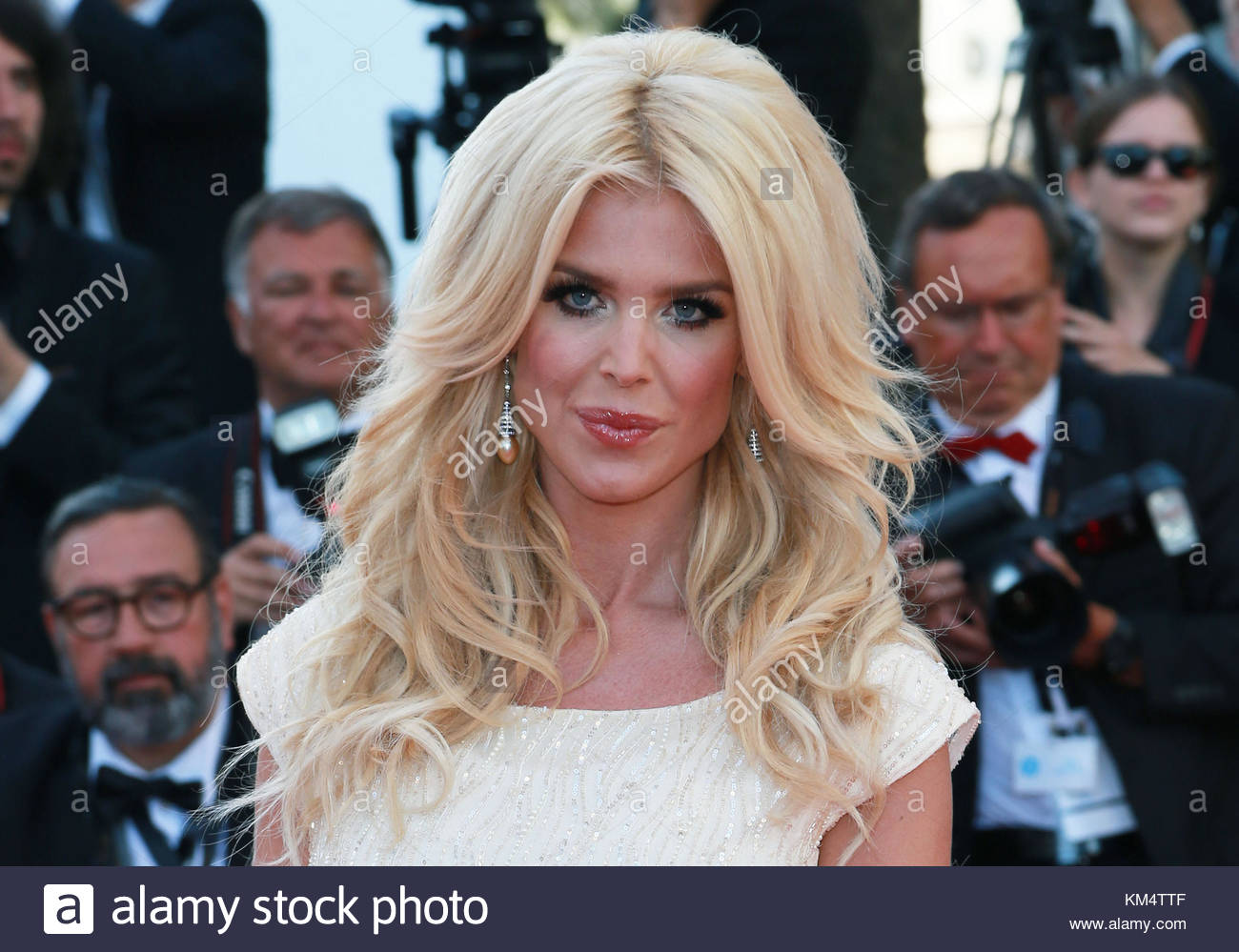 Certainly Victoria silvstedt wild on you